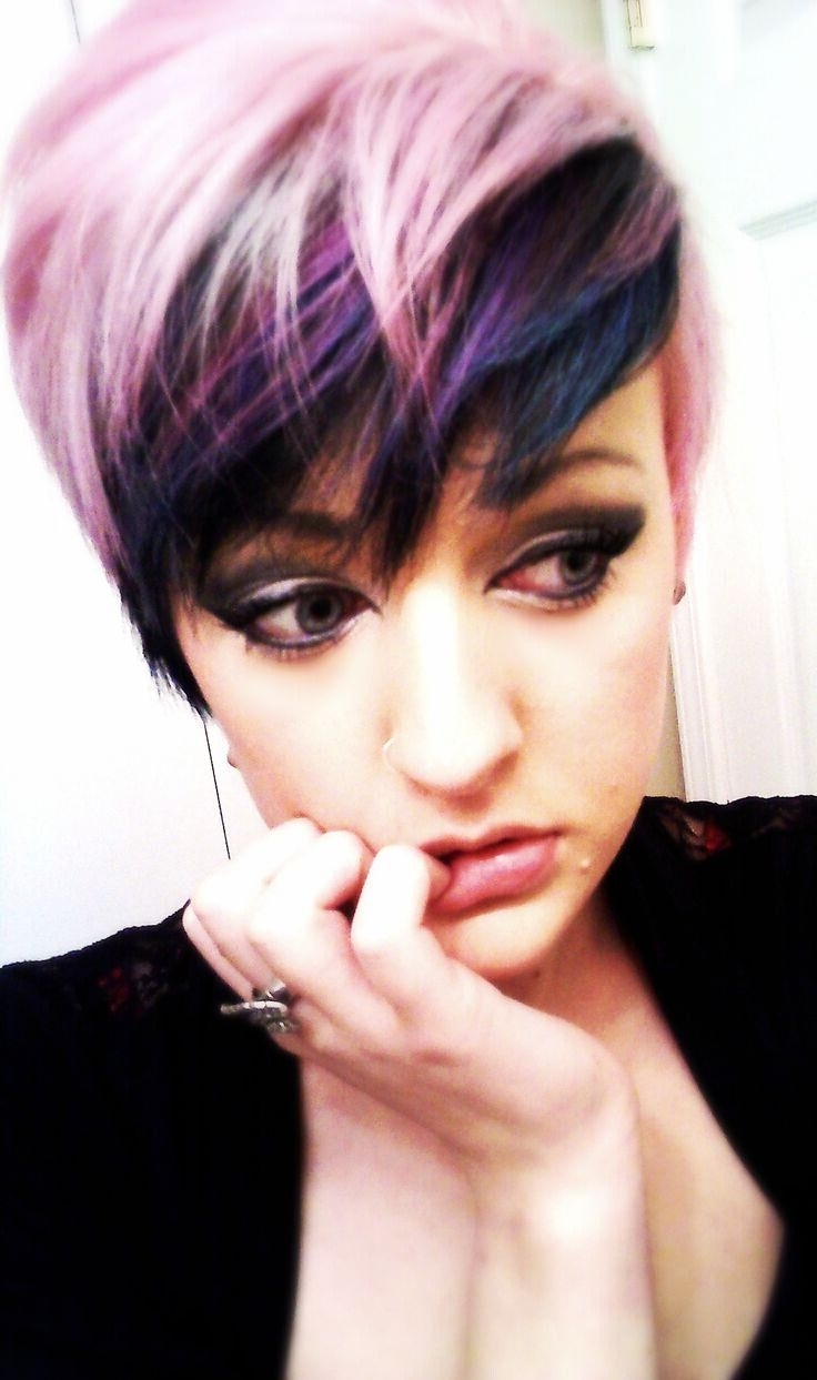 17 Stylish Hair Color Designs: Purple Hair Ideas To Try! – Popular Throughout Famous Platinum And Purple Pixie Blonde Hairstyles (View 2 of 20)