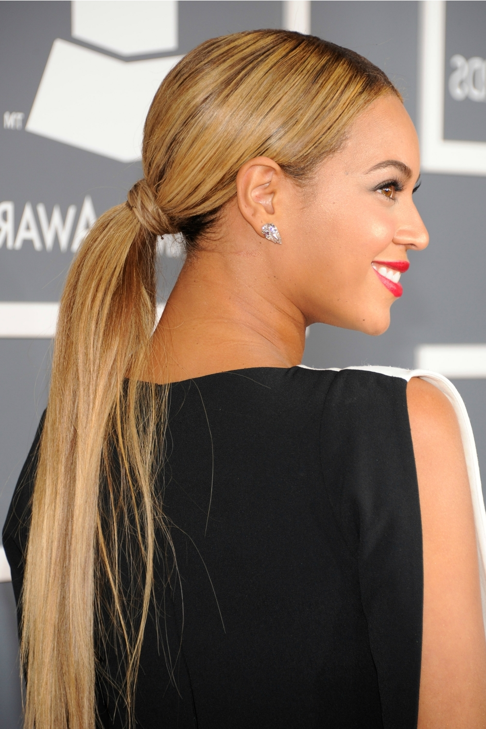 20 Ponytail Hairstyles – Easy Ponytail Ideas You Should This Summer With Regard To Preferred Sleek Pony Hairstyles With Thick Side Bangs (View 14 of 20)