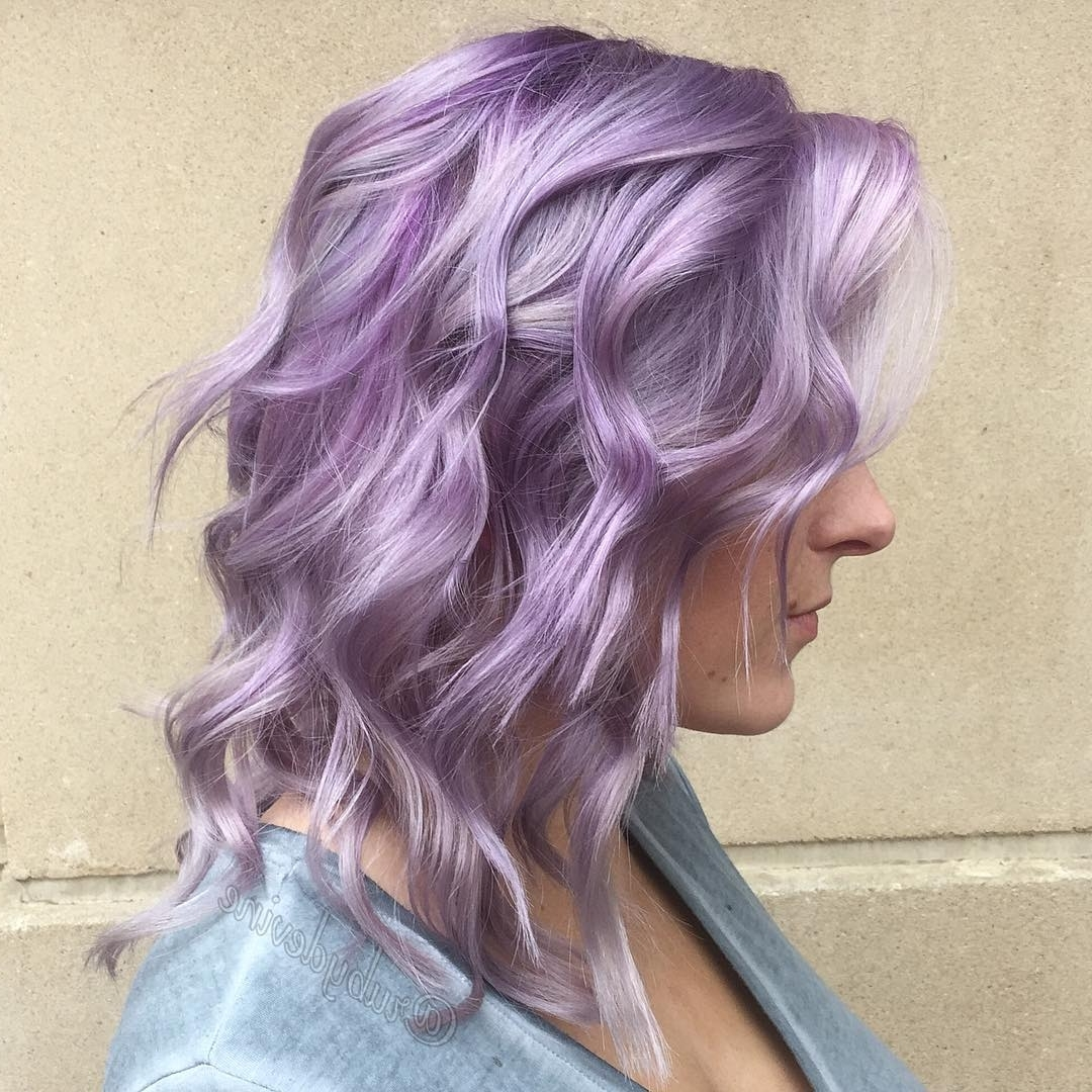 20 Swoon Worthy Lilac Hairstyles Within Widely Used Voluminous Platinum And Purple Curls Blonde Hairstyles (View 1 of 20)