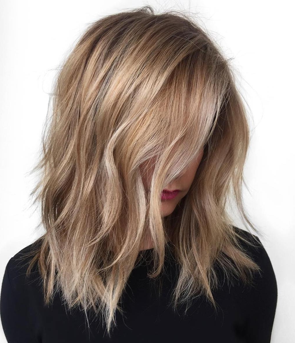 2017 Bi Color Blonde With Bangs Throughout 40 Styles With Medium Blonde Hair For Major Inspiration (View 1 of 20)