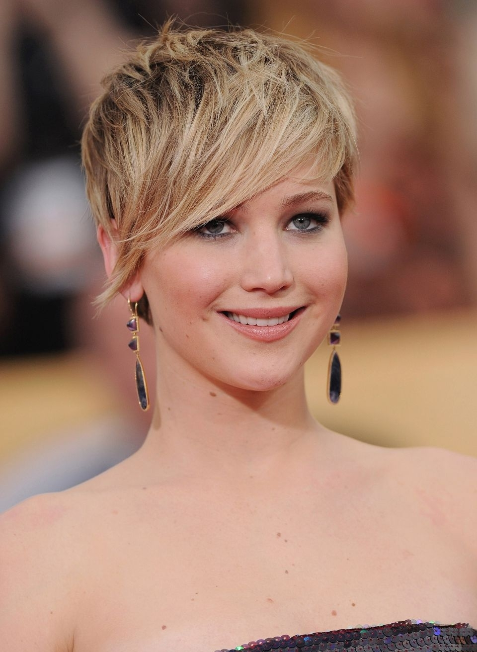 2017 Long Pixie Haircuts For Round Faces Asymmetrical Pixie Cuts New Regarding Widely Used Asymmetrical Long Pixie Hairstyles For Round Faces (View 1 of 20)
