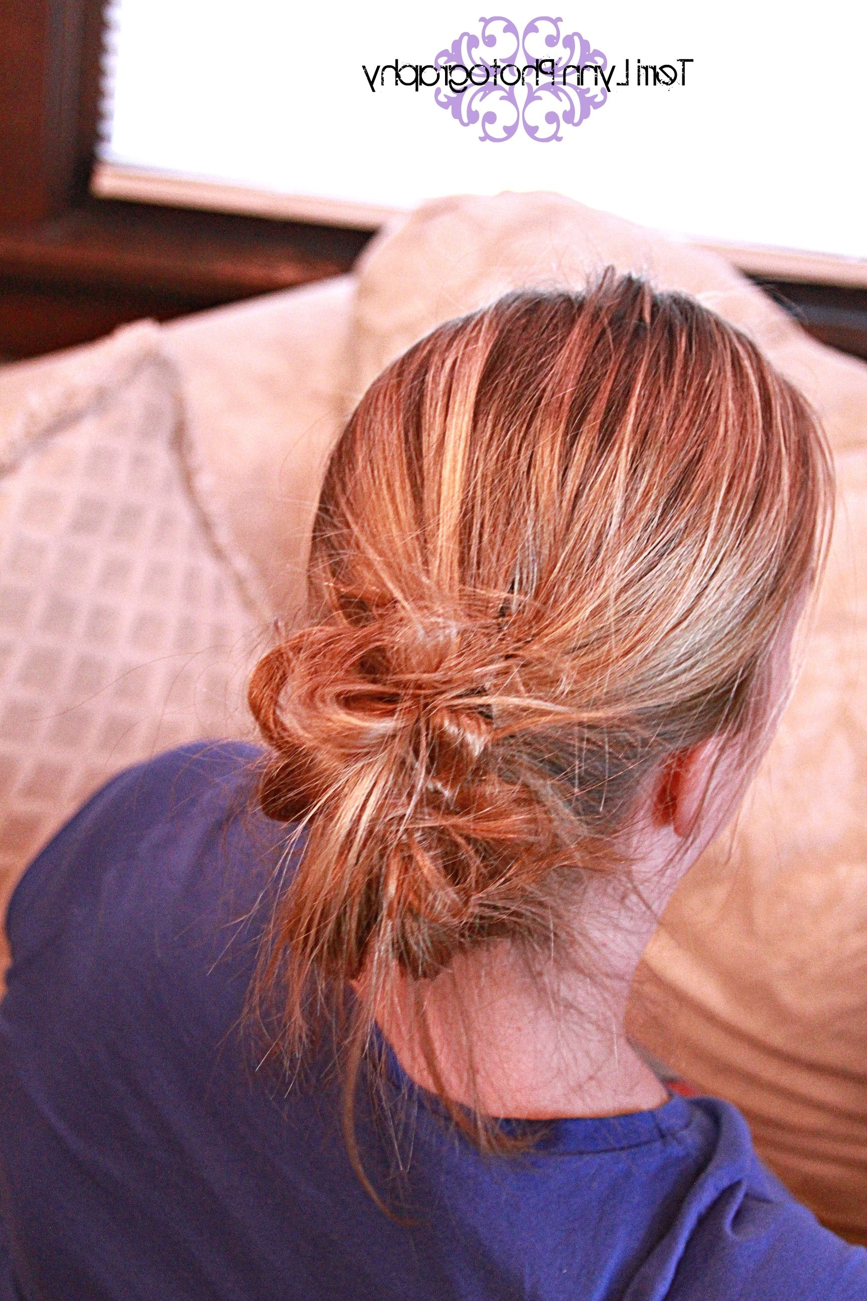 2017 Loose And Looped Ponytail Hairstyles With Messy Bun Gather Your Hair In A Ponytail On One Side (View 3 of 20)