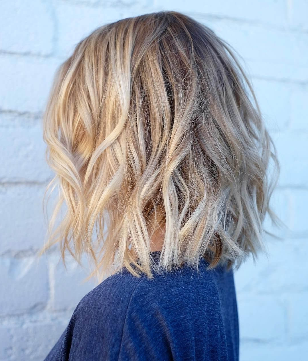 2017 Messy Blonde Lob With Lowlights In 50 Fresh Short Blonde Hair Ideas To Update Your Style In  (View 1 of 20)