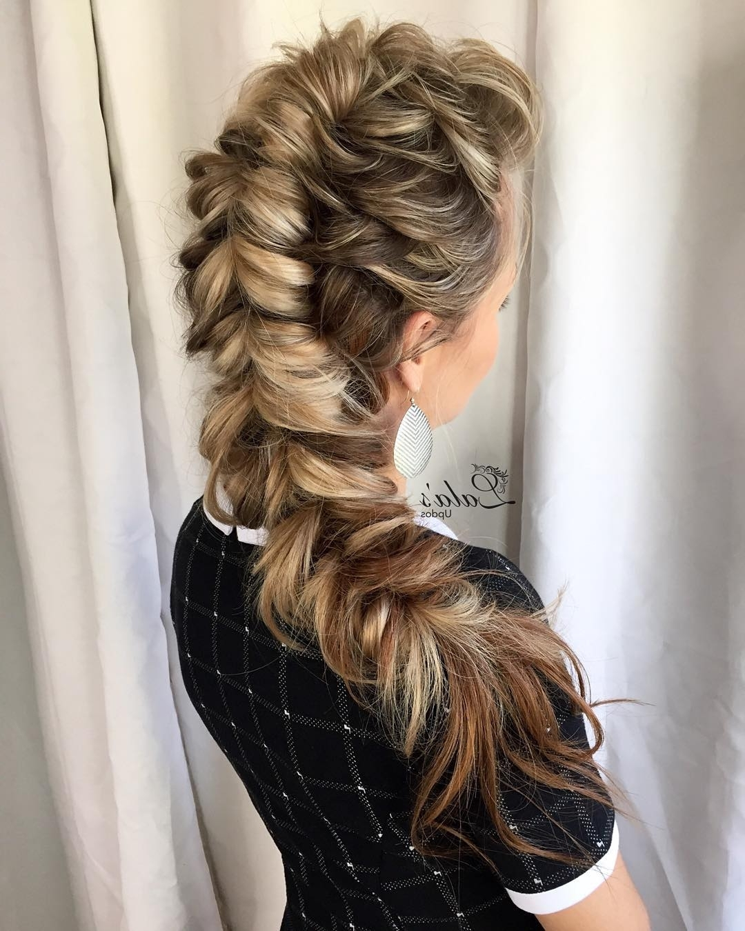 2018 Chunky Ponytail Fishtail Braid Hairstyles For 20 Ways To Style A Pull Through Braid (2018 Definitive Guide) (View 2 of 20)