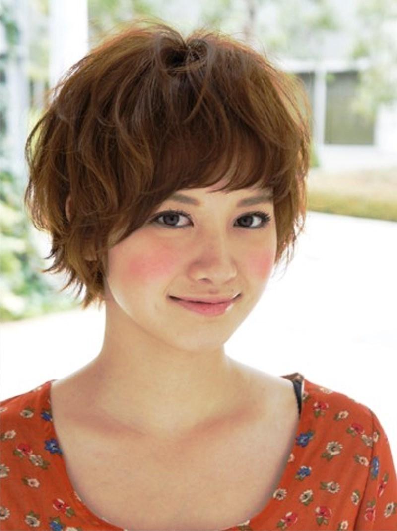21 Alluring Short N Wavy Hairstyles (View 11 of 20)