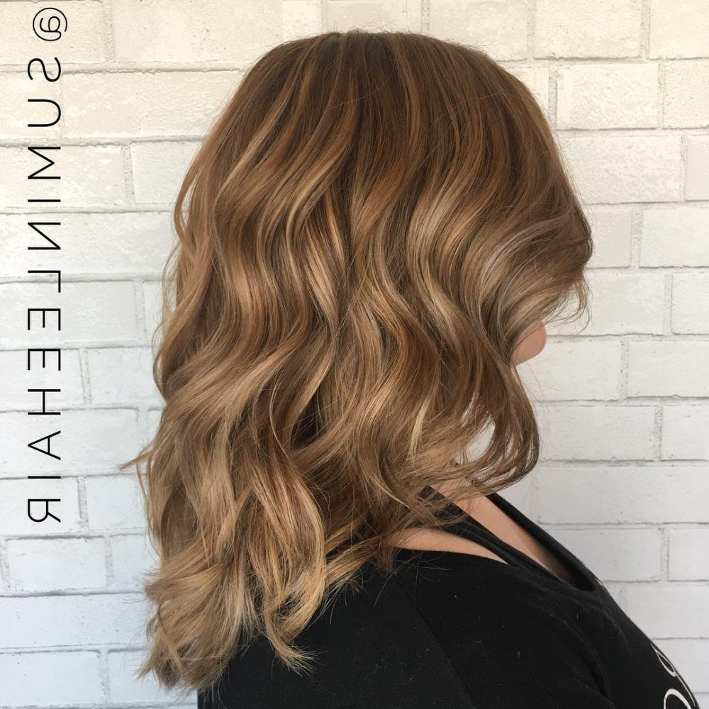 Featured Photo of Honey Blonde Hairstyles