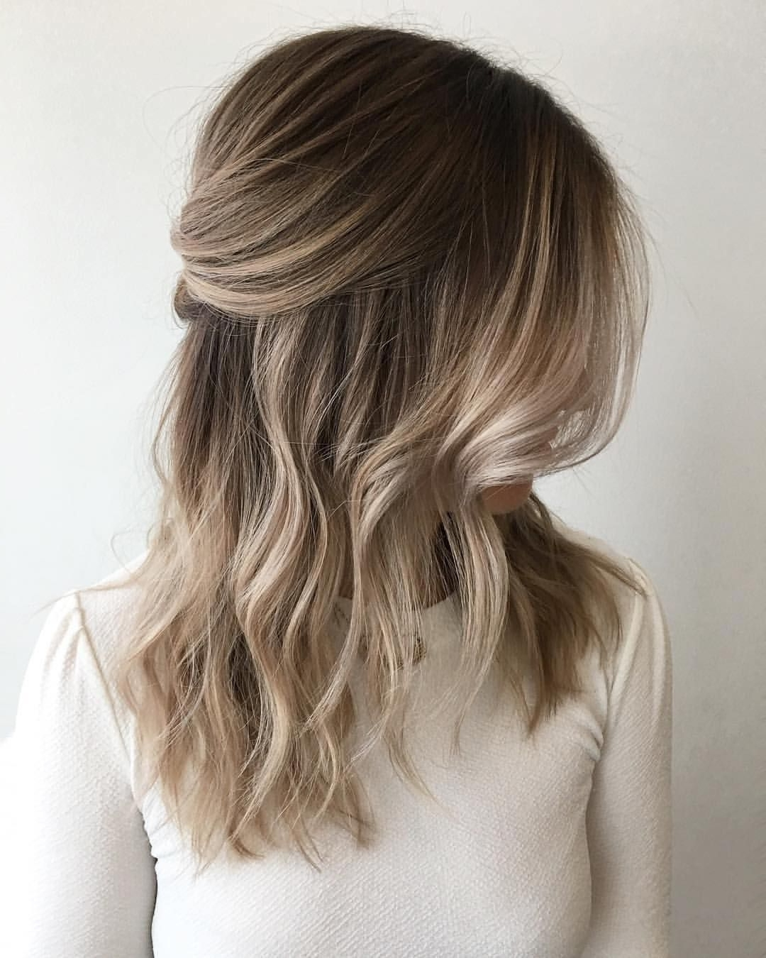 2,132 Likes, 17 Comments – Cities Best Hair Artists Throughout Well Known Sandy Blonde Hairstyles (View 1 of 20)