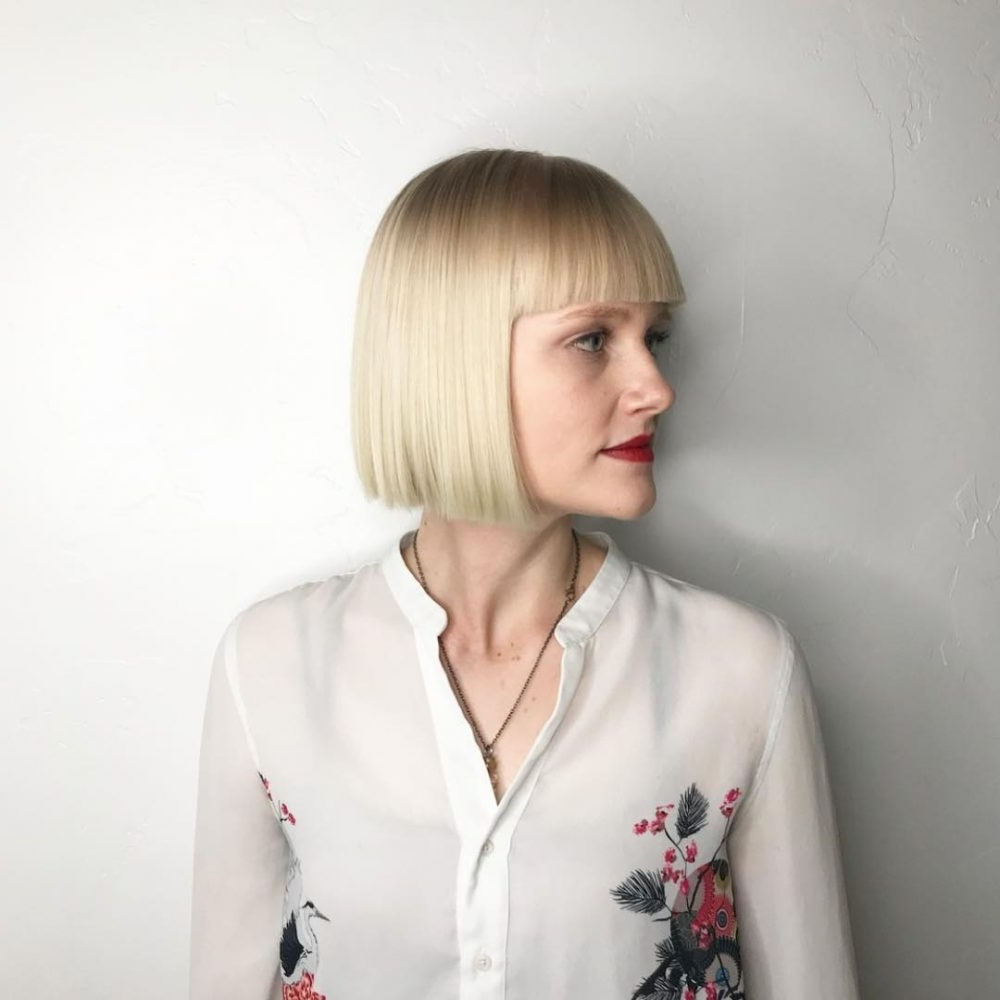 25 Chin Length Bob Hairstyles That Will Stun You (2018 Trends) With Regard To Well Known White Blunt Blonde Bob Hairstyles (View 3 of 20)