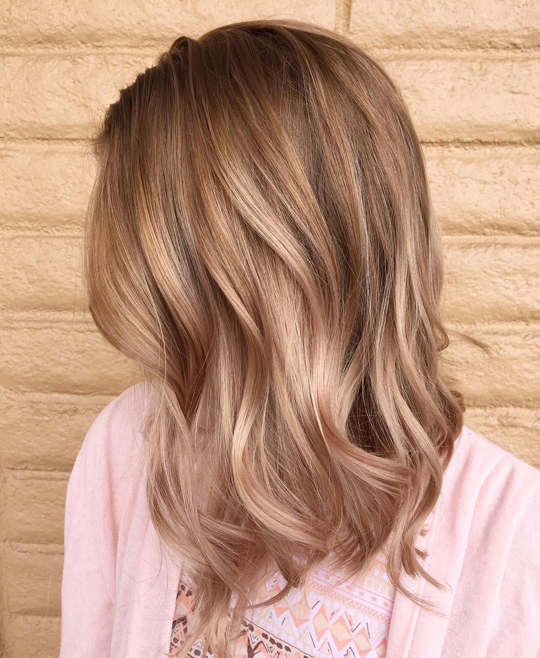 Featured Photo of Brown And Dark Blonde Layers Hairstyles
