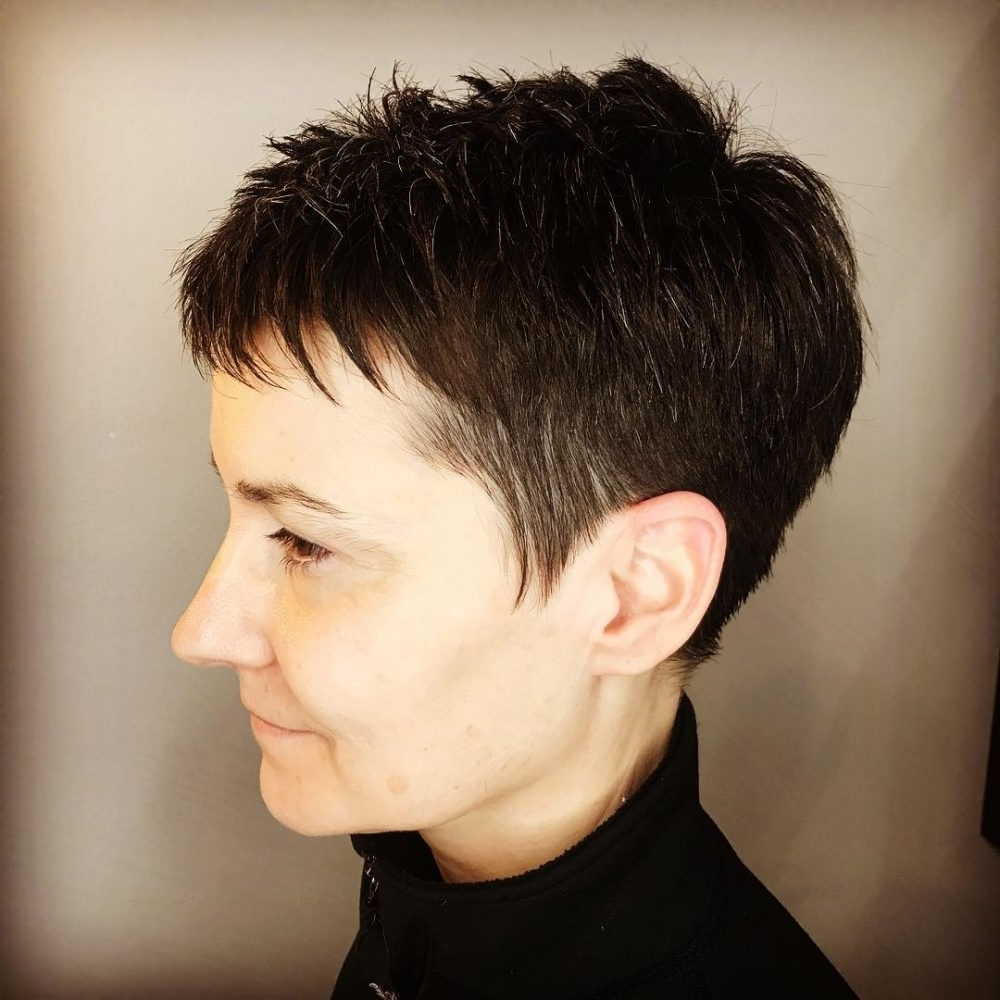 27 Super Short Haircuts For A Totally New You With Regard To Current Classic Pixie Hairstyles (View 1 of 20)