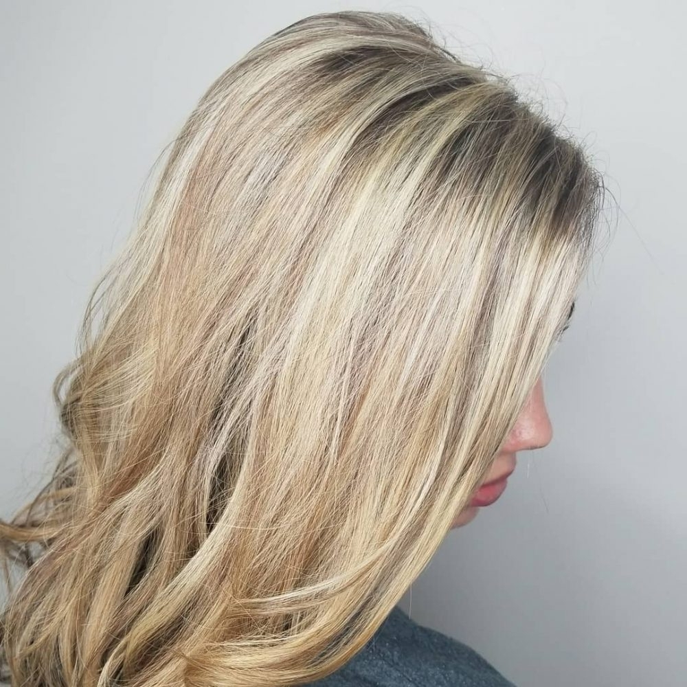 28 Blonde Hair With Lowlights So Hot You'll Want To Try'em All (New Inside Newest Contrasting Highlights Blonde Hairstyles (View 2 of 20)