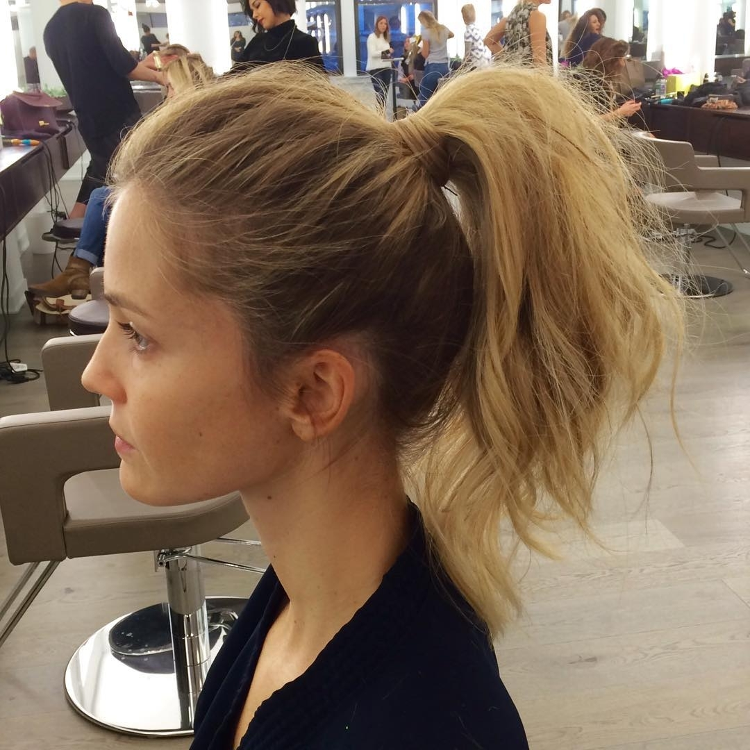 28 Messy Ponytails For Every Occasion (View 8 of 20)