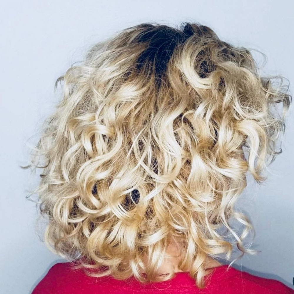 30 Gorgeous Medium Length Curly Hairstyles For Women In 2018 With Well Known Medium Blonde Bob With Spiral Curls (View 9 of 20)