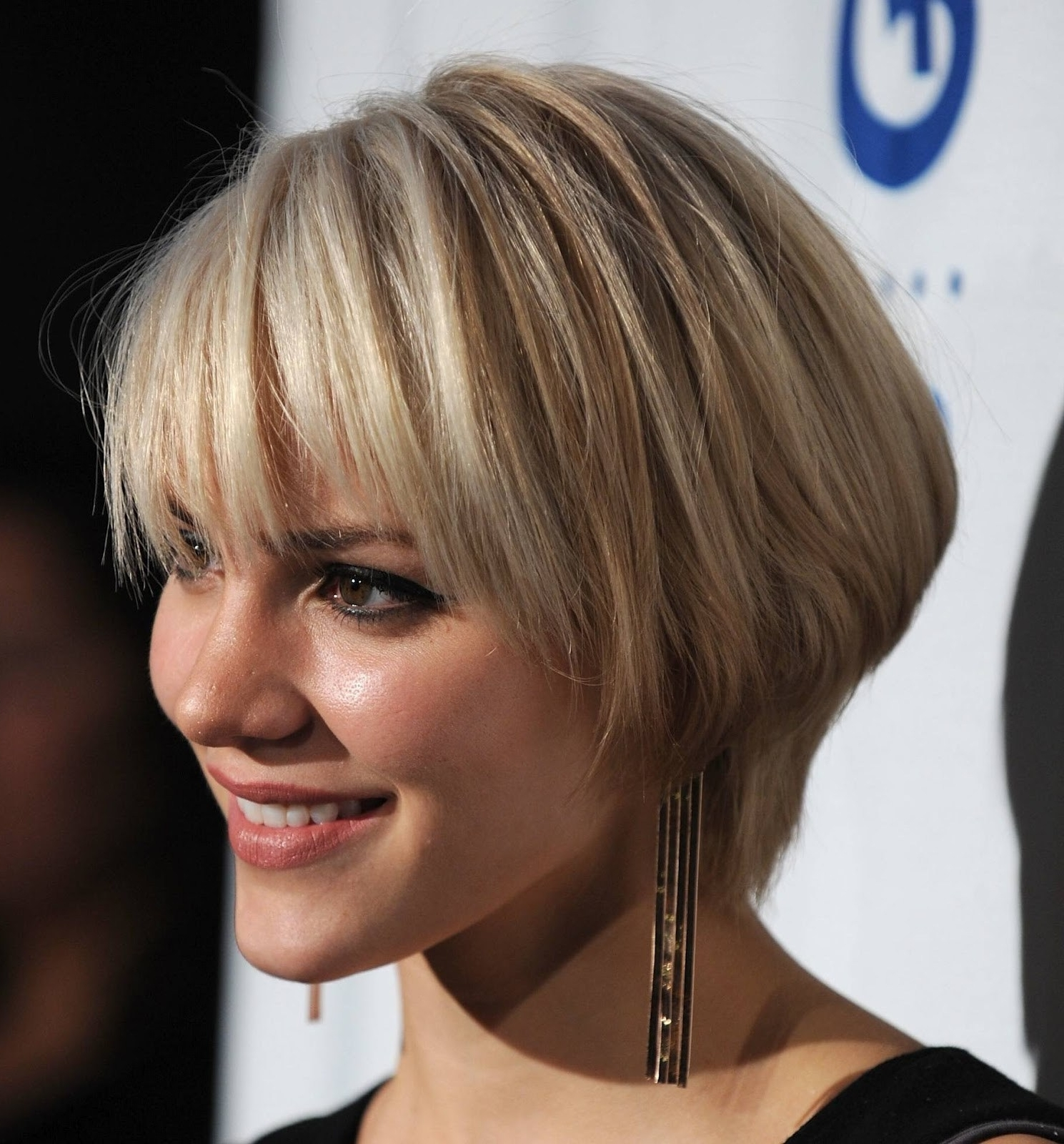 30 Lovely Short Bob Haircuts For Women ~ Louis Palace Pertaining To 2017 Cute Blonde Bob With Short Bangs (View 15 of 20)