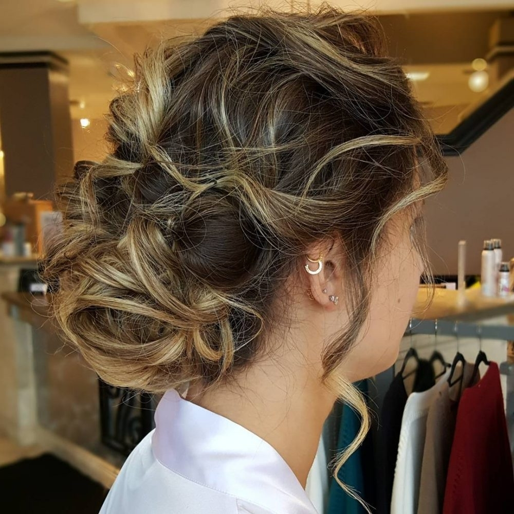 33 Breathtaking Loose Updos That Are Trendy For 2018 Pertaining To Widely Used Romantically Messy Ponytail Hairstyles (View 2 of 20)