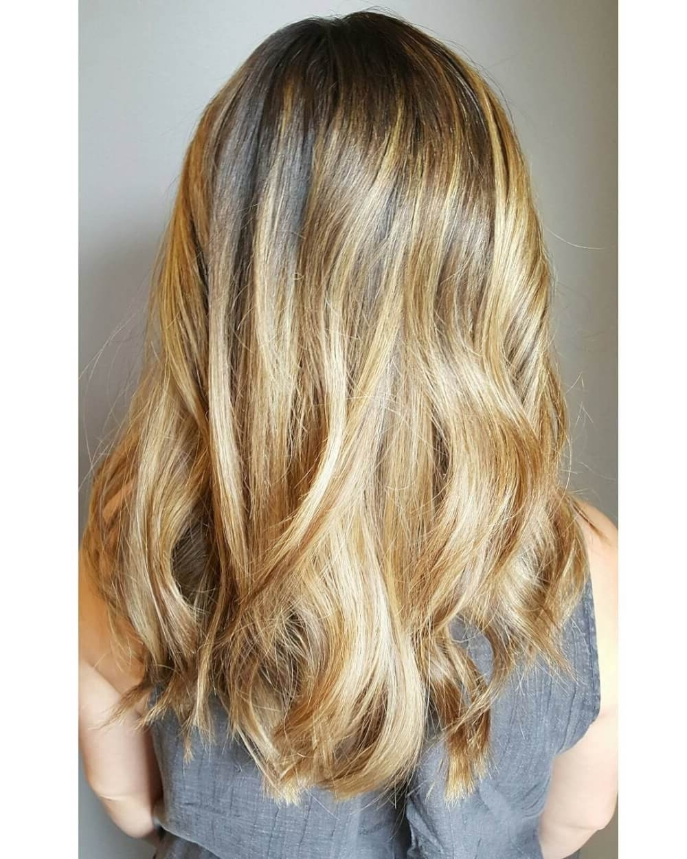 38 Top Blonde Highlights Of 2018 – Platinum, Ash, Dirty, Honey & Dark Intended For Well Known Icy Highlights And Loose Curls Blonde Hairstyles (View 7 of 20)