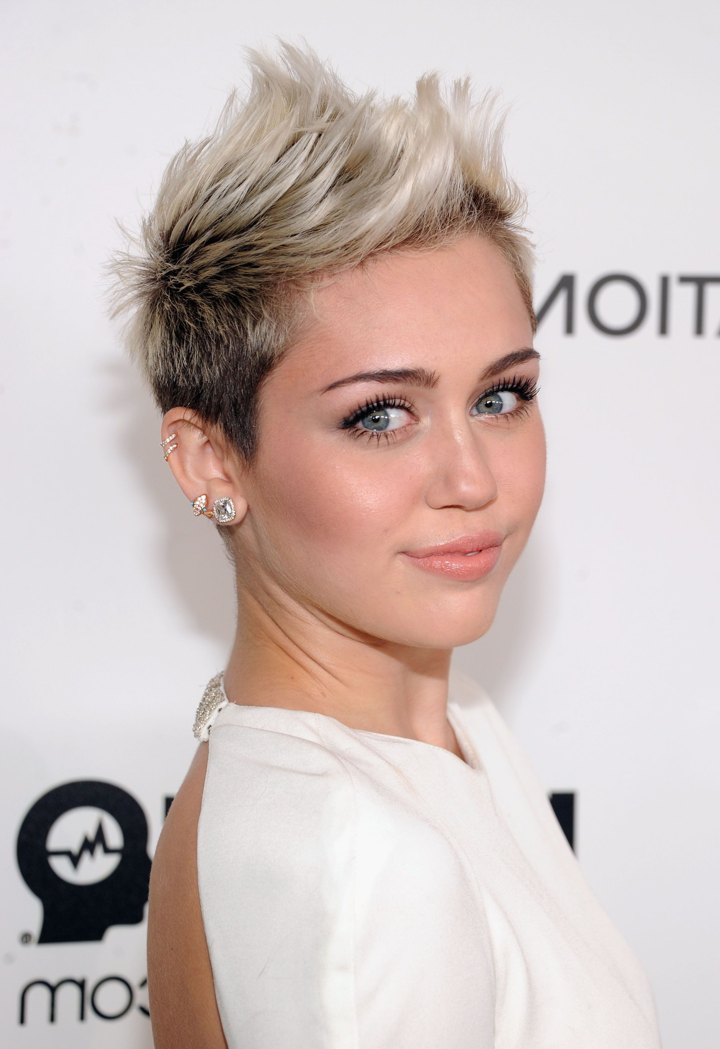 53 Best Pixie Cut Hairstyle Ideas 2018 – Cute Celebrity Pixie Haircuts With Latest Finely Chopped Buttery Blonde Pixie Hairstyles (View 15 of 20)