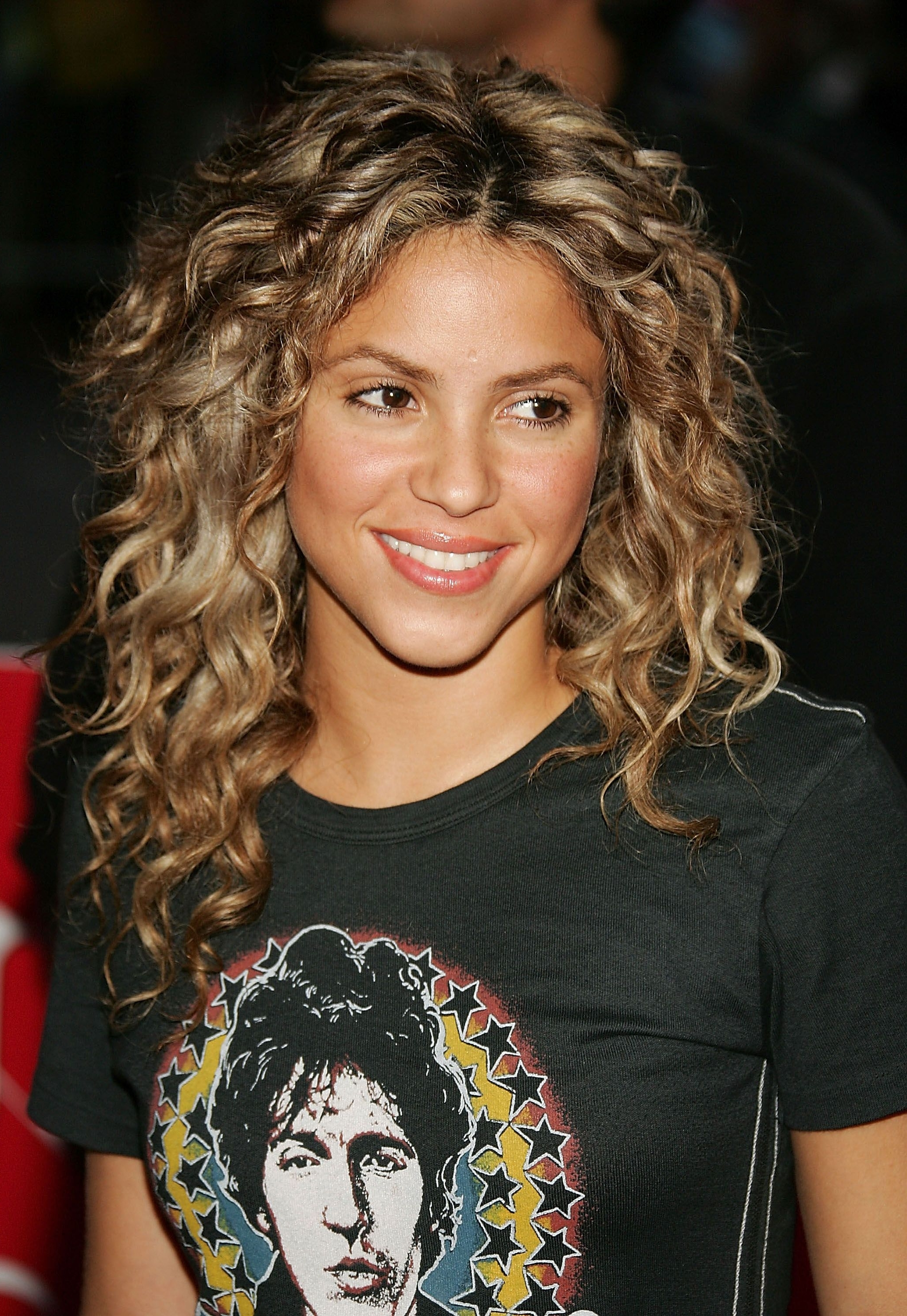 55 Best Curly Hairstyles Of 2018 – Cute Hairstyles For Curly Hair To Intended For Widely Used White Blonde Curls Hairstyles (View 3 of 20)
