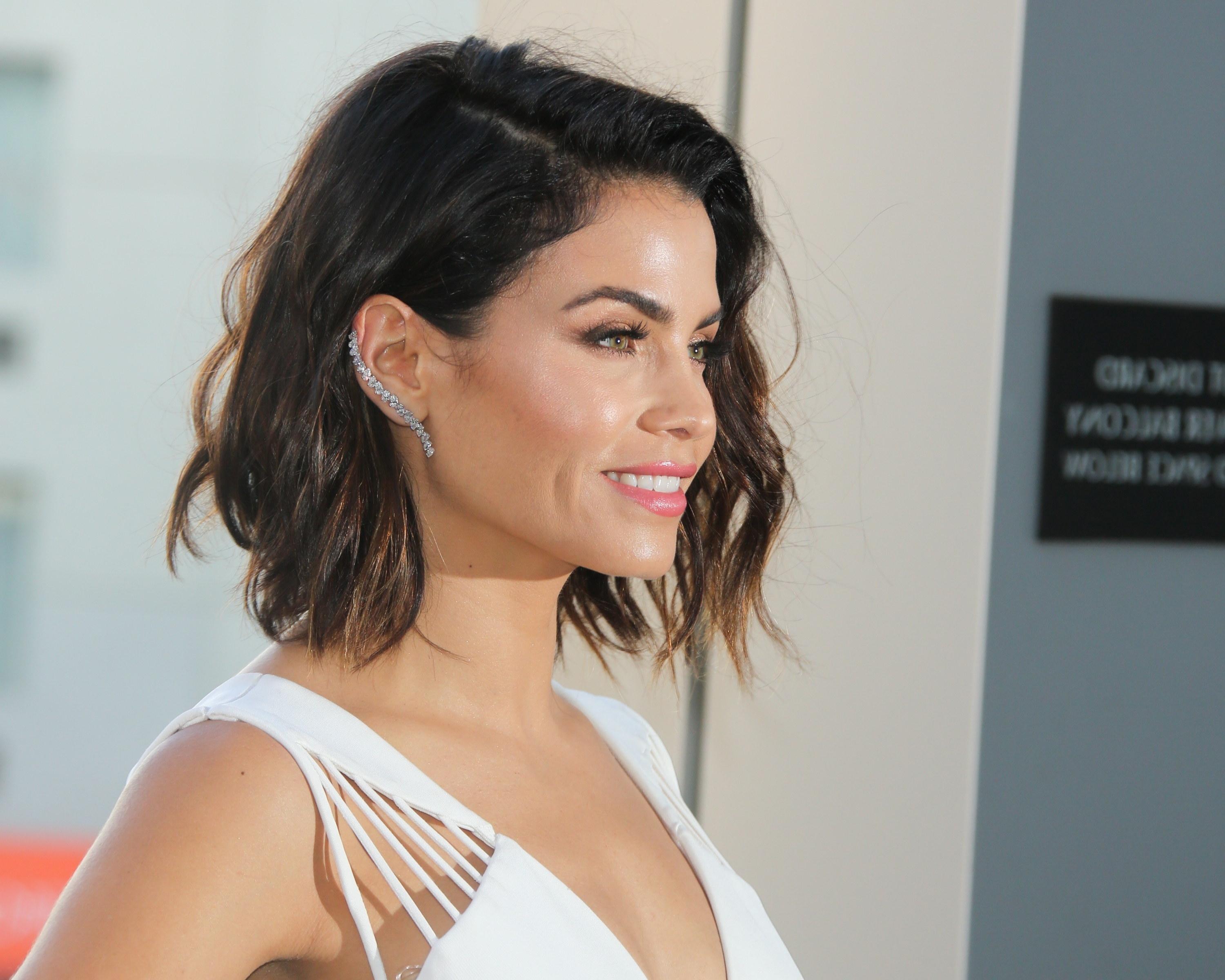 6 Low Maintenance Haircuts For The Chic, Lazy Girl (View 4 of 20)
