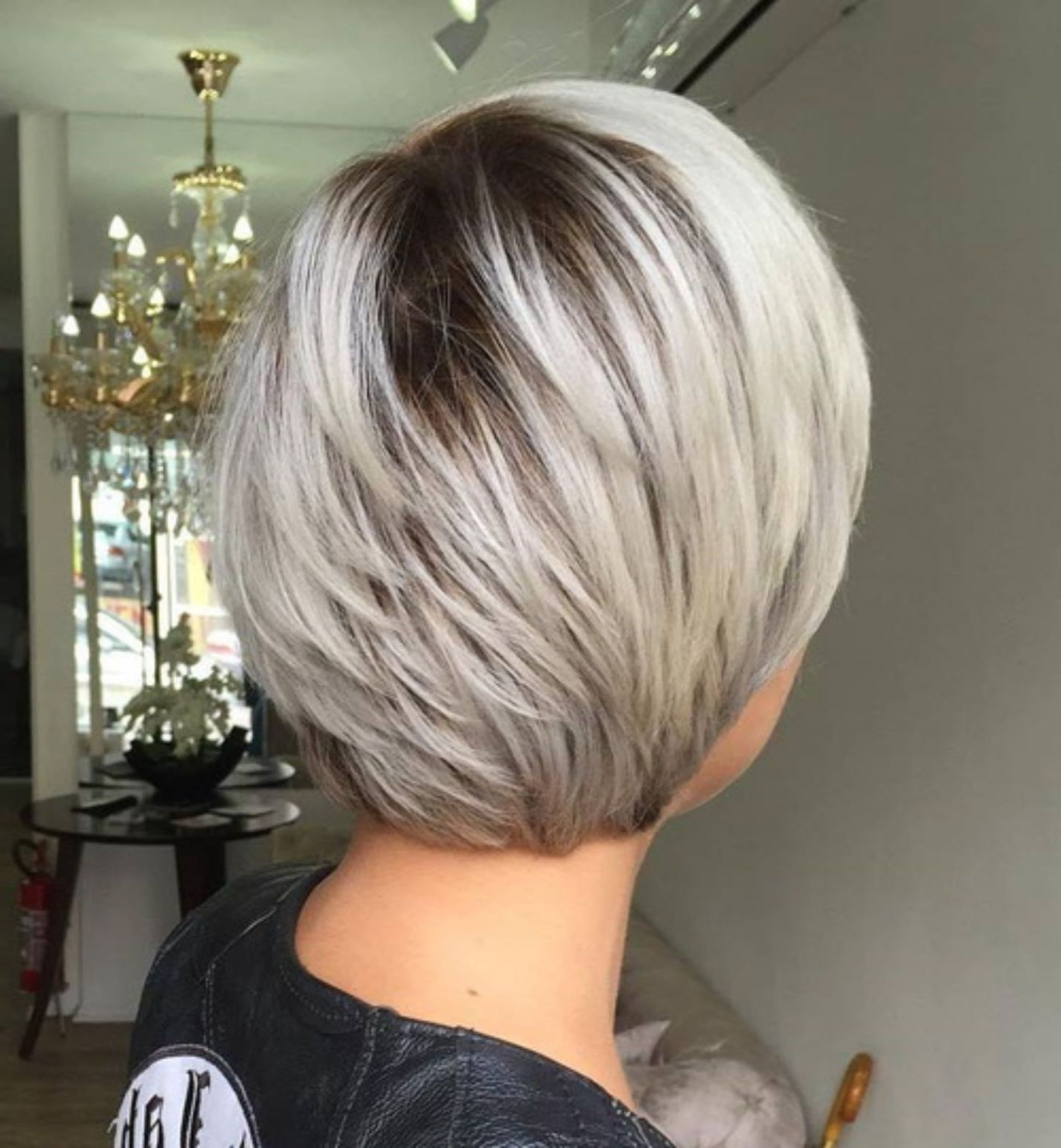 60 Classy Short Haircuts And Hairstyles For Thick Hair (View 7 of 20)
