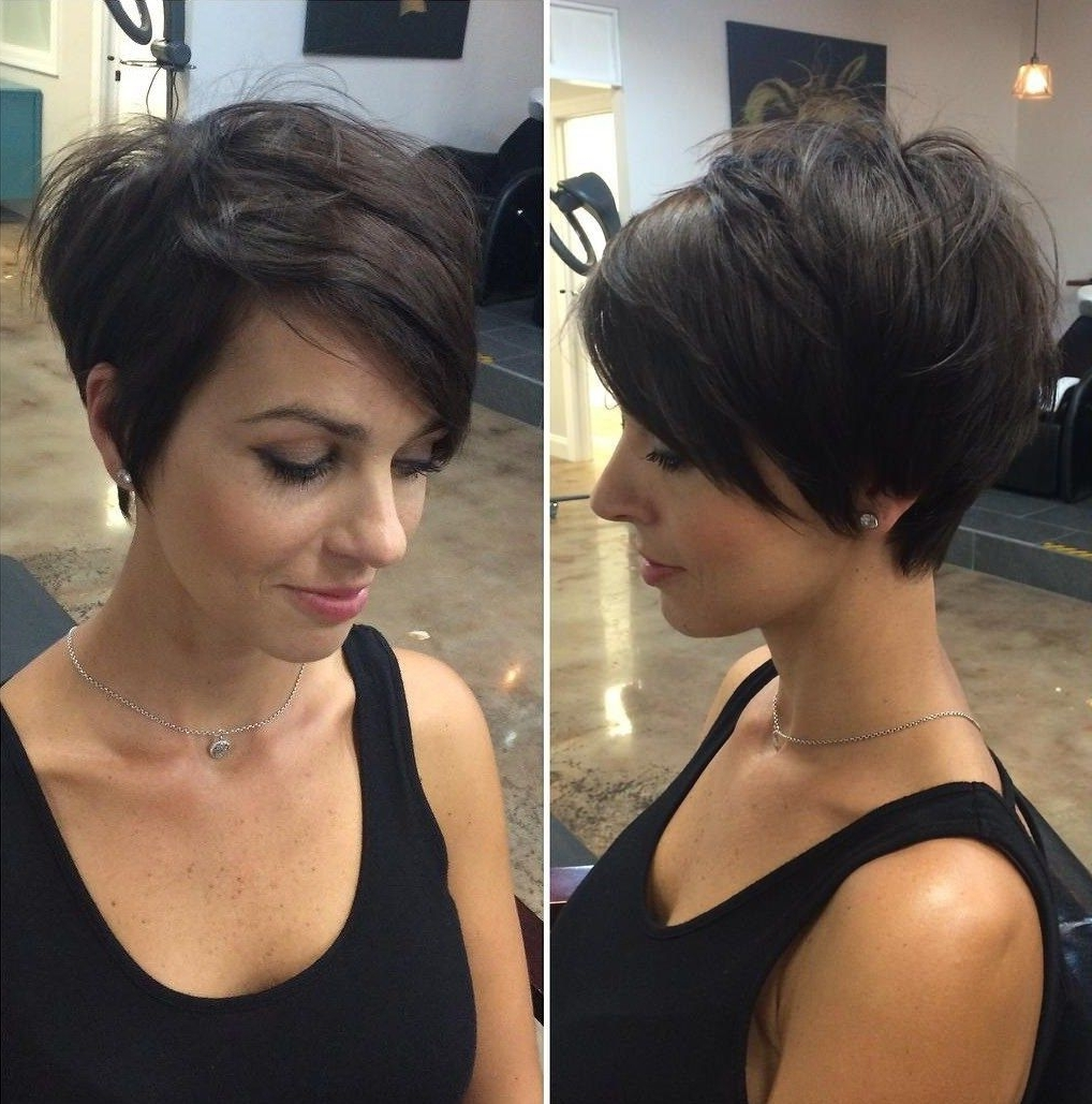 70 Cute And Easy To Style Short Layered Hairstyles In 2018 Throughout Well Known Funky Blue Pixie Hairstyles With Layered Bangs (View 9 of 20)