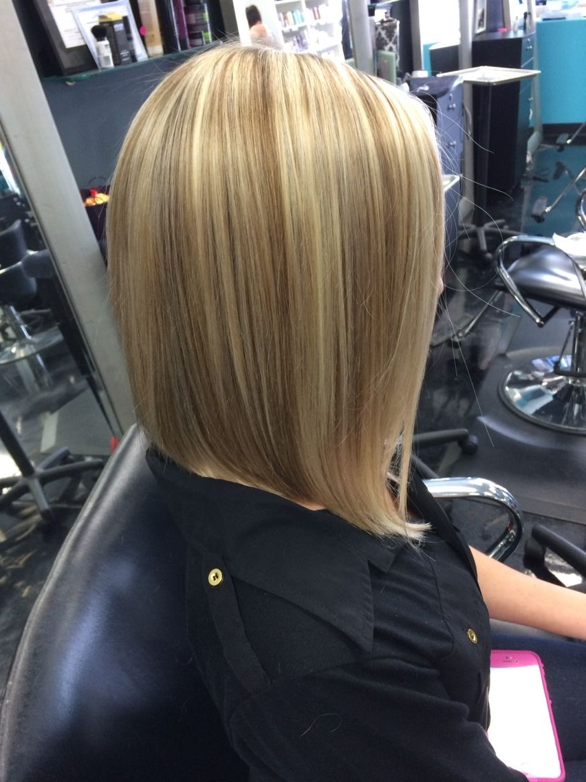 Astonishing Mid Length Inverted Bob Blonde With Lowlights Short Hair With Regard To Most Up To Date Long Bob Blonde Hairstyles With Lowlights (Gallery 19 of 20)