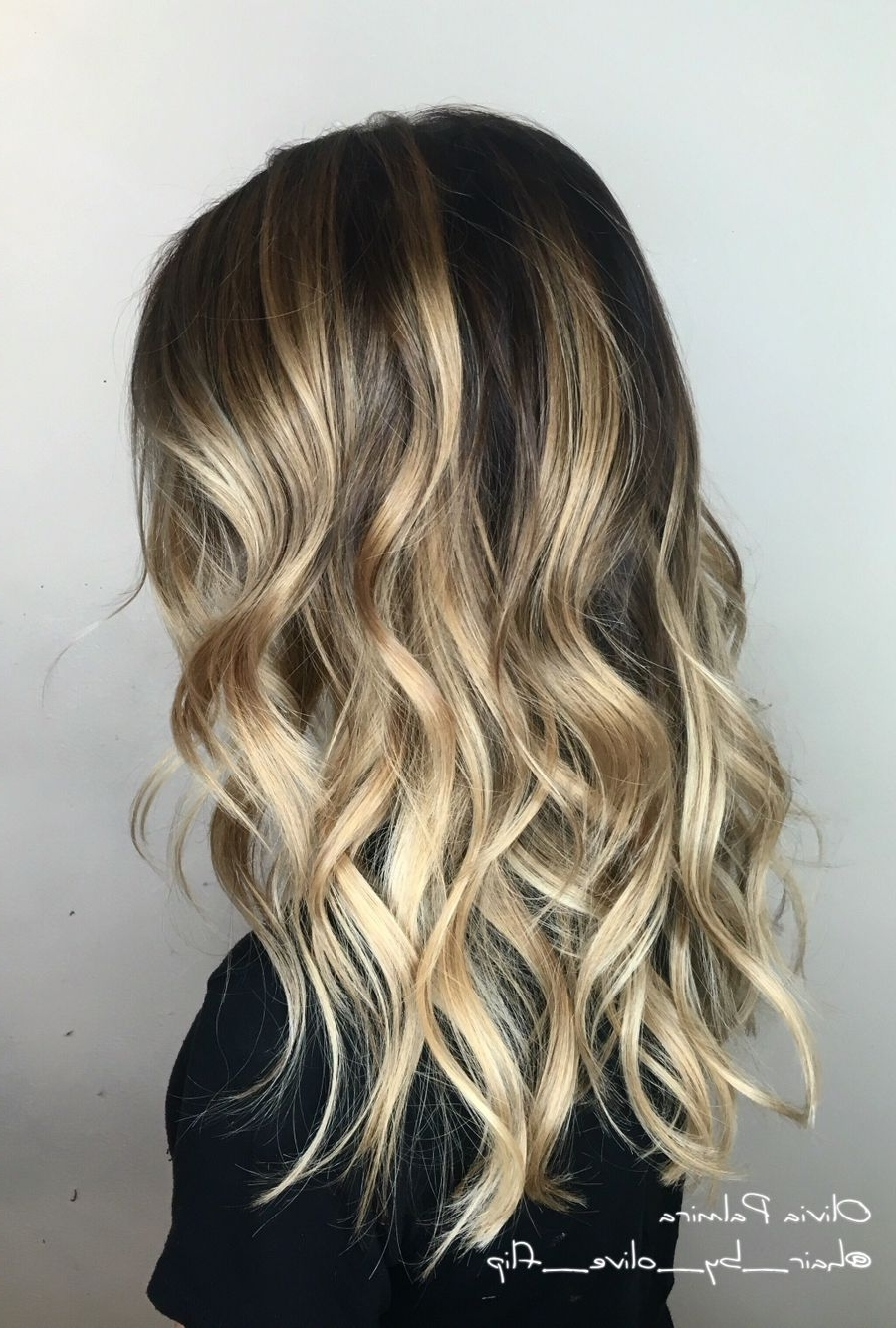 Aveda Wavy Long Hair Blonde Bob Short Hair Beach Wave Medium Ideas Pertaining To Current Beachy Waves Hairstyles With Blonde Highlights (Gallery 20 of 20)