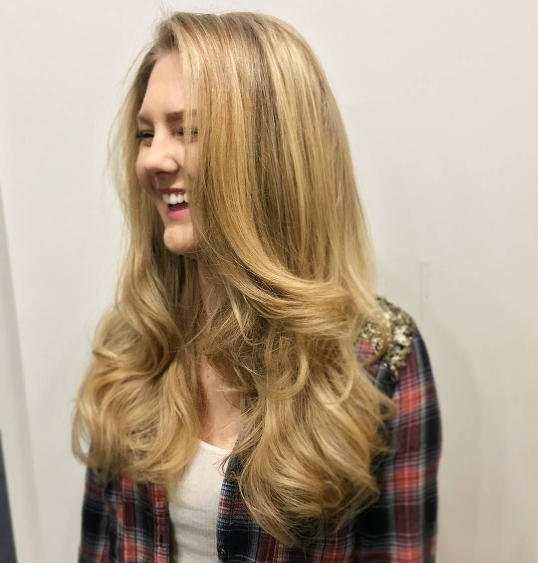 Awesome 45 Brilliant Light Blonde Hair Ideas – Sweet And Bright In Recent Layered Bright And Beautiful Locks Blonde Hairstyles (View 4 of 20)