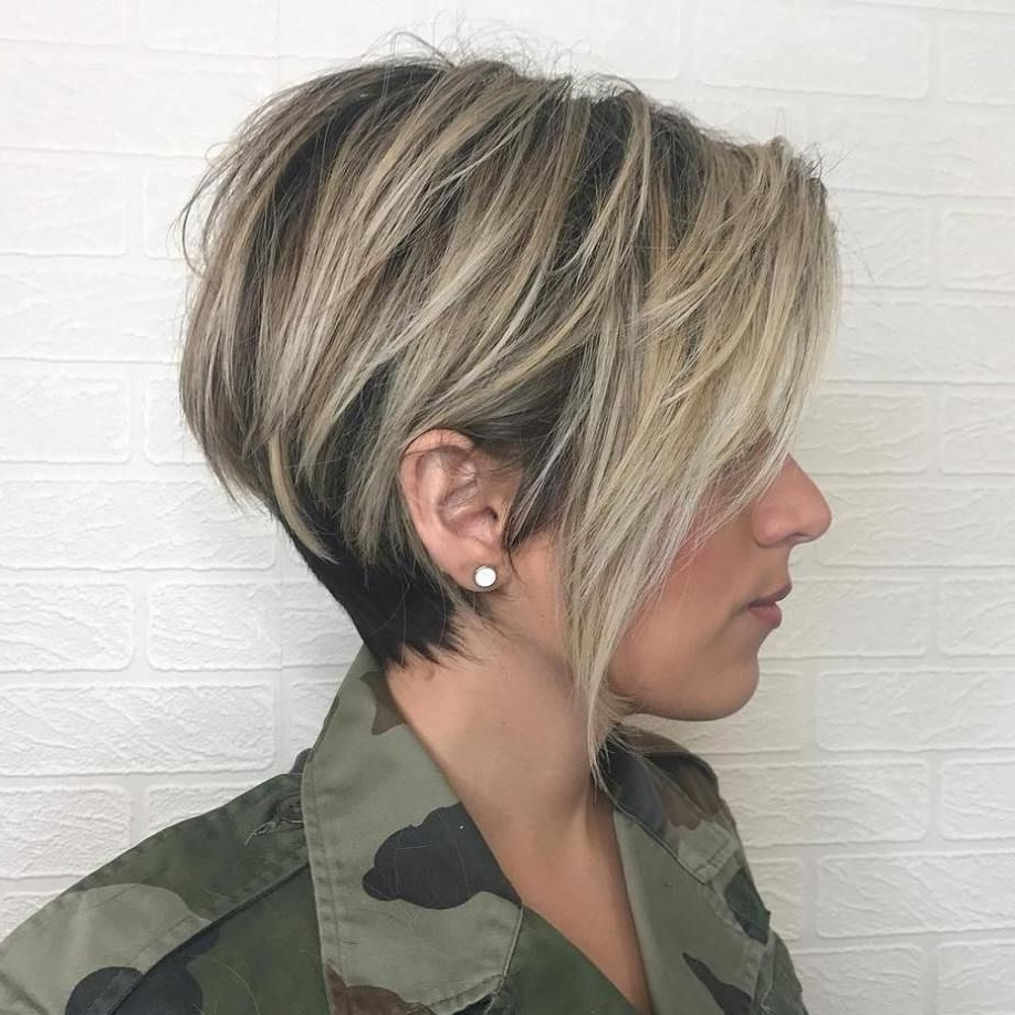 Featured Photo of Balayage Pixie Hairstyles With Tiered Layers
