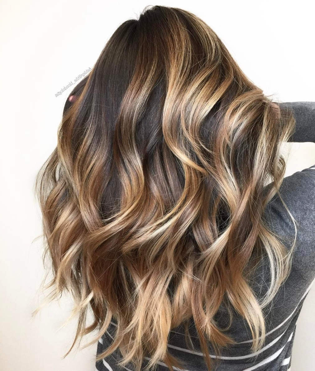 Best And Newest Contrasting Highlights Blonde Hairstyles Inside Formulas! 6 Sexy Summer Balayage Formulas – Behindthechair (View 6 of 20)
