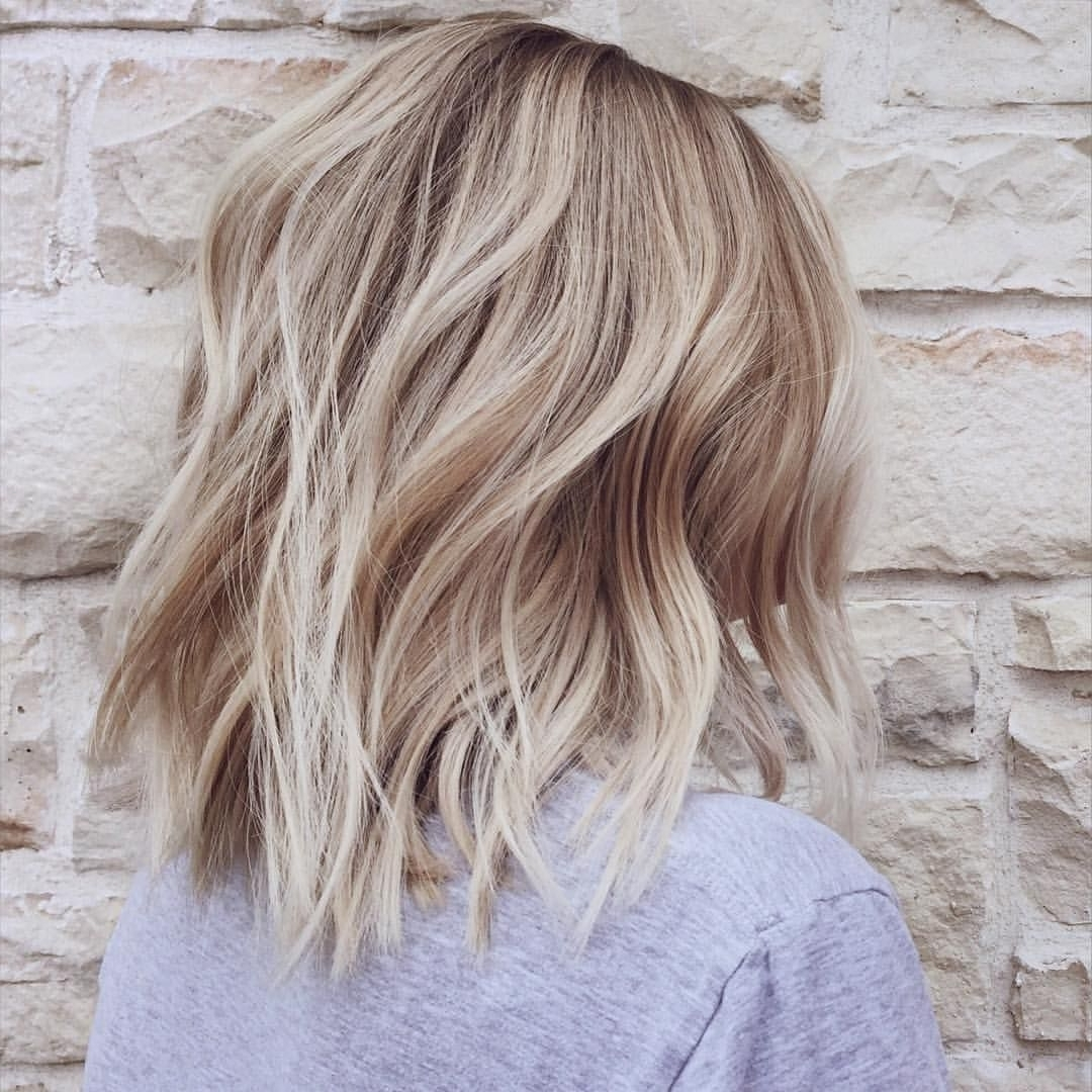 Blonde For Best And Newest Dark And Light Contrasting Blonde Lob Hairstyles (View 6 of 20)