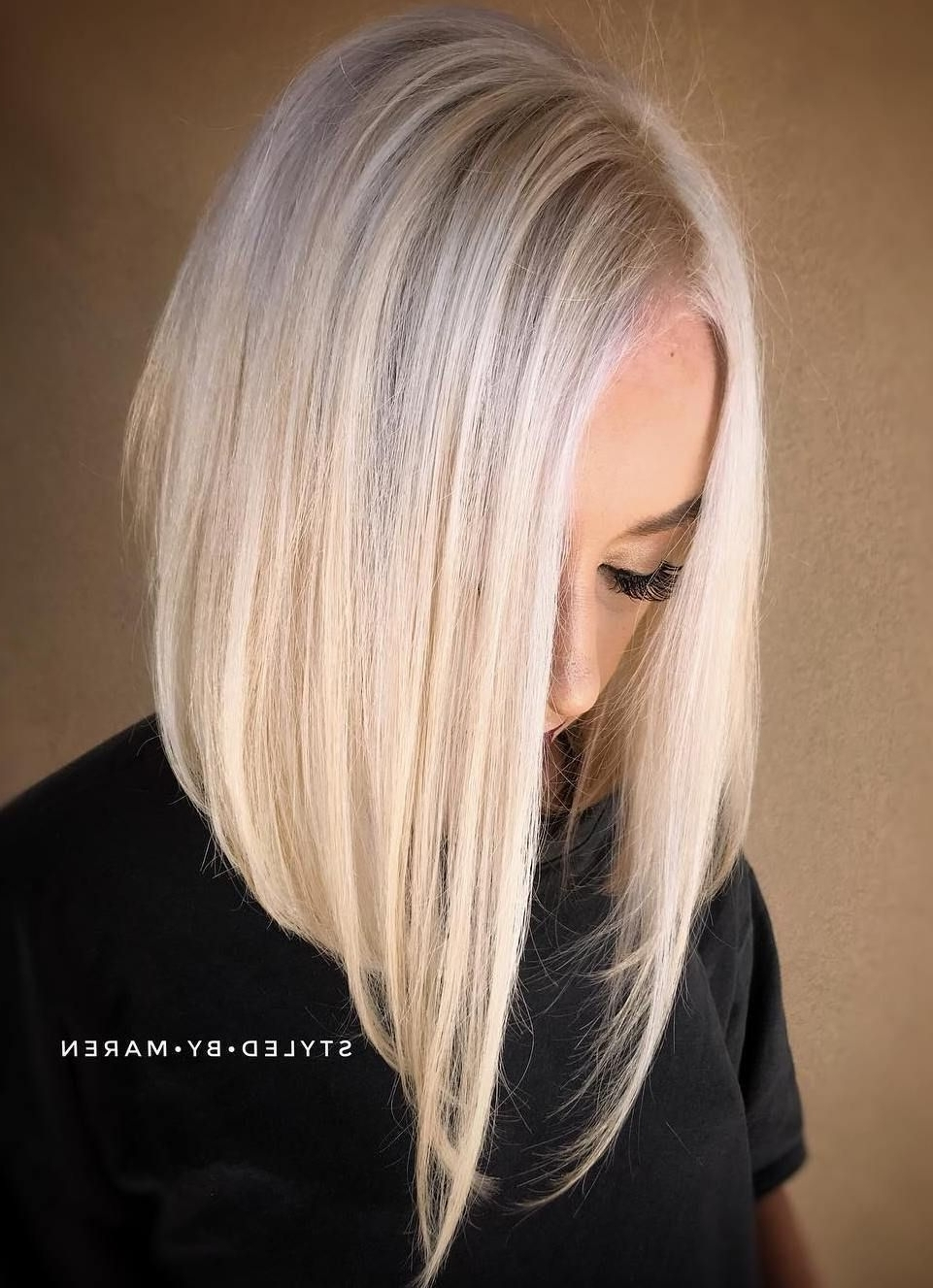 Blonde Lob, Lob In Well Known Steeply Angled A Line Lob Blonde Hairstyles (View 6 of 20)