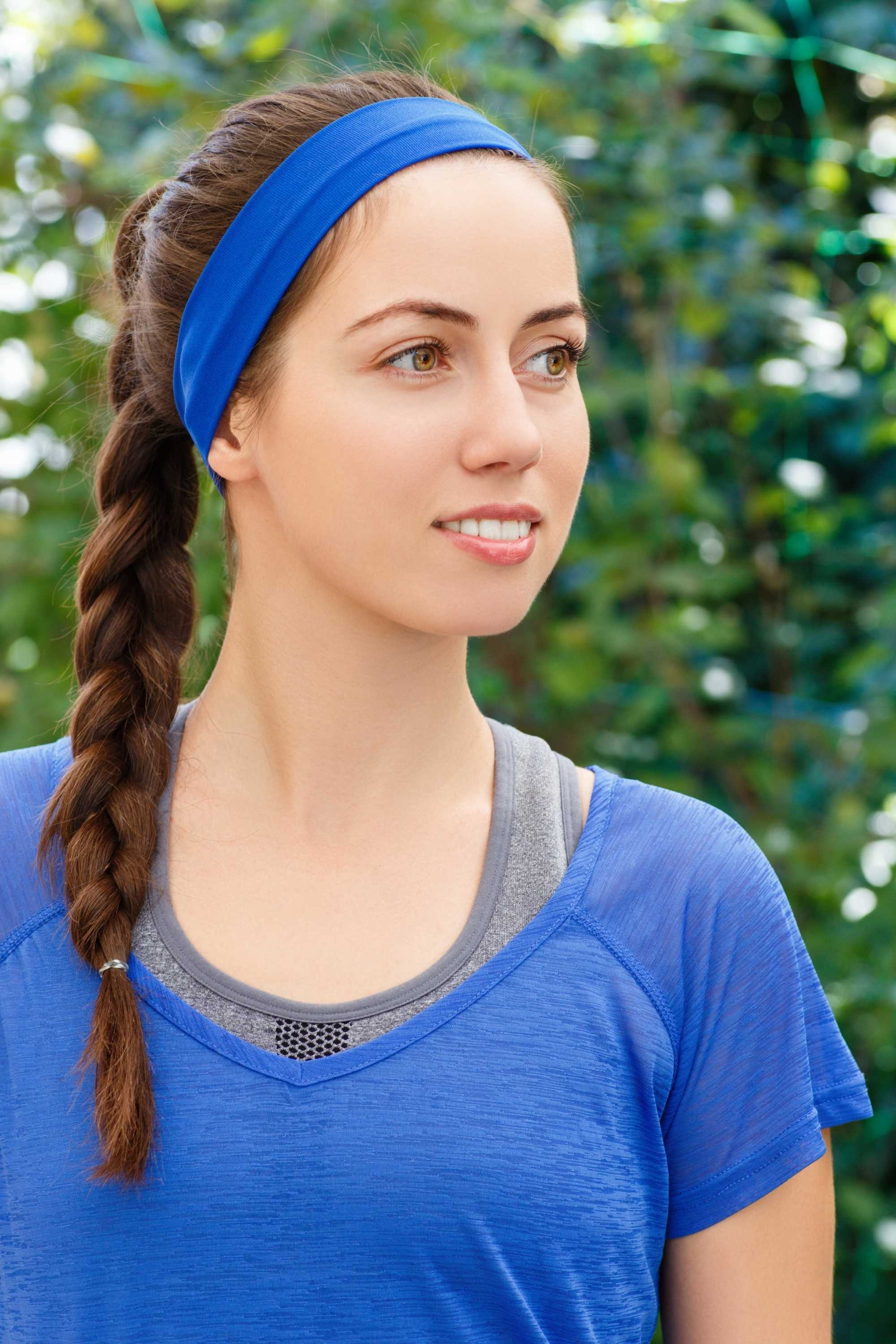 Braided Ponytail: How To Create This Easy Hairstyle For The Gym For Best And Newest Brunette Ponytail Hairstyles With Braided Bangs (View 5 of 20)