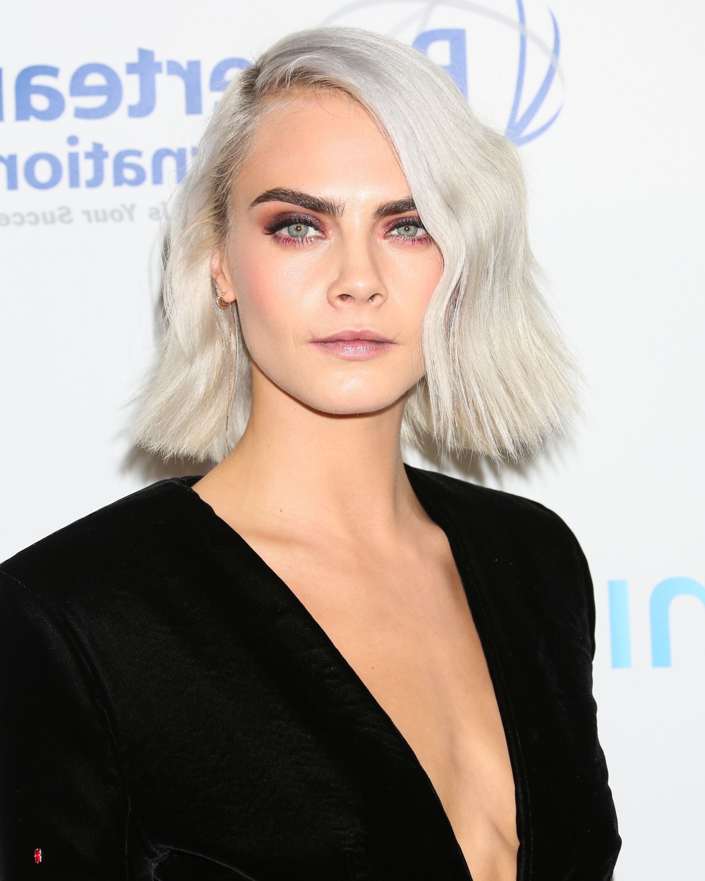 Cara Delevingne's Hair Evolution – From Uber Long To Buzzcut And In Well Known Porcelain Princess Karate Chop Blonde Hairstyles (View 2 of 20)