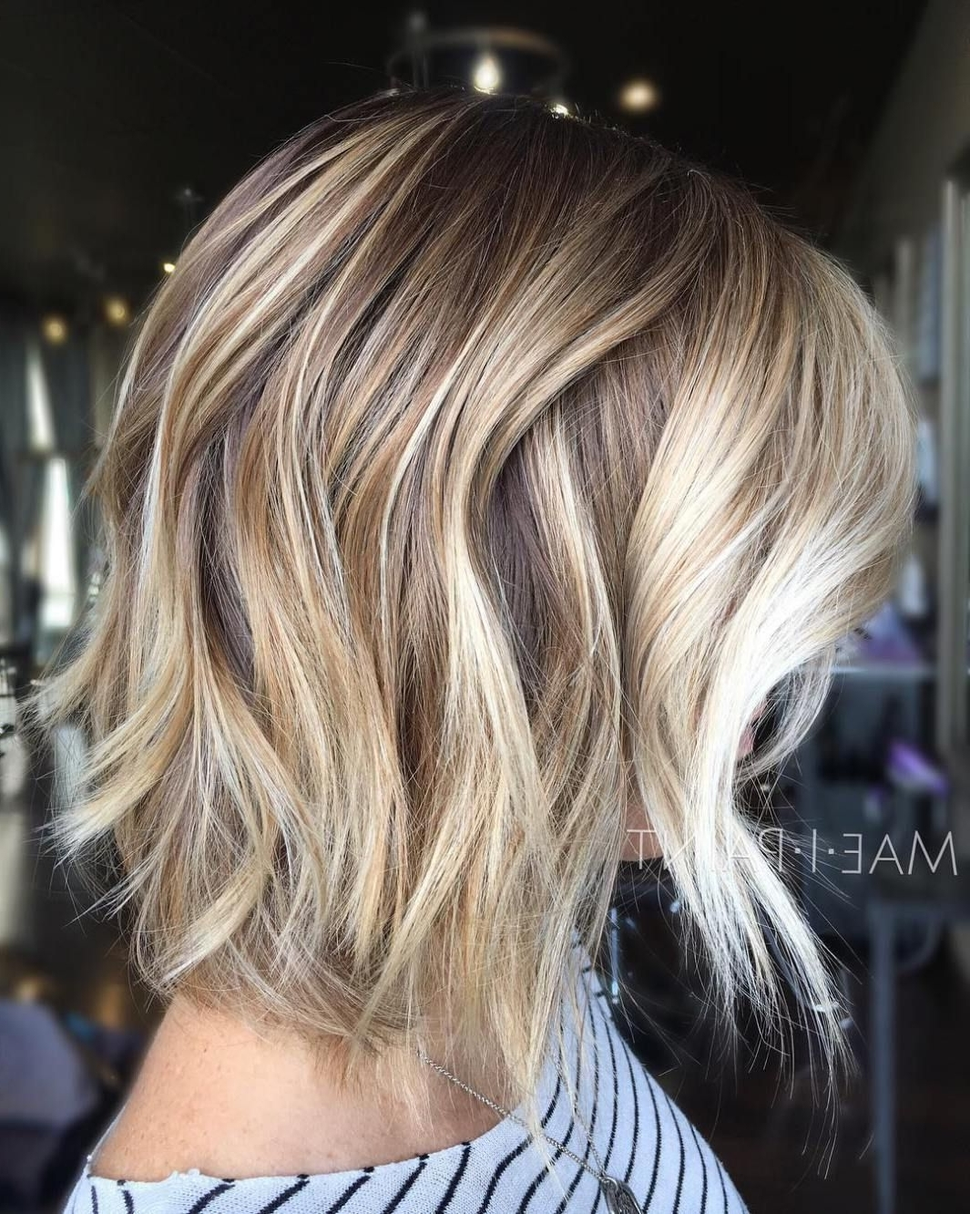 Featured Photo of Curly Caramel Blonde Bob Hairstyles