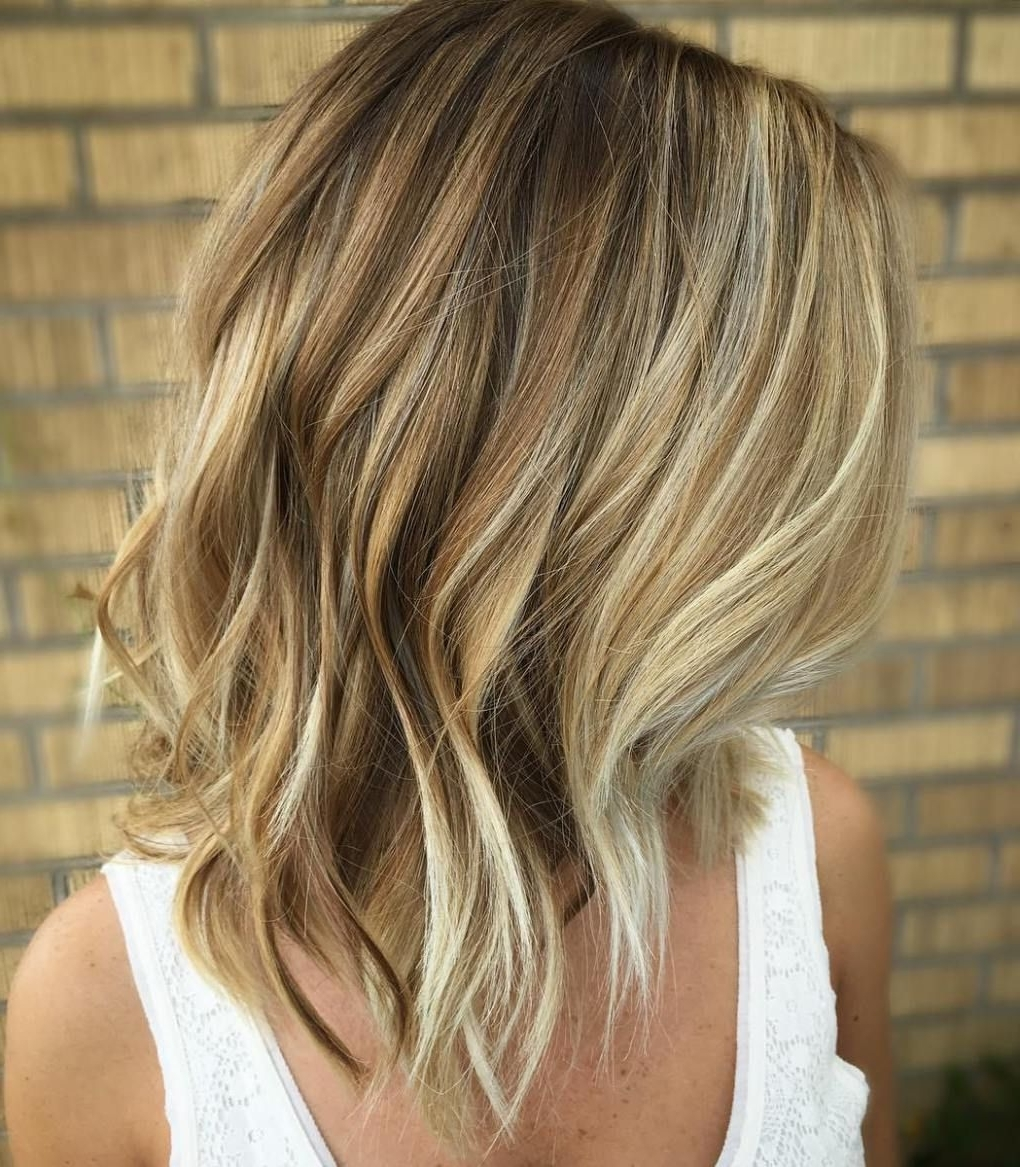 Current Bronde Bob With Highlighted Bangs Within 40 Of The Best Bronde Hair Options (View 5 of 20)