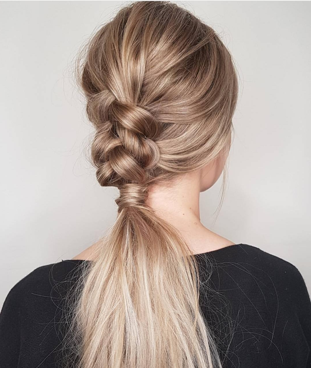 Current Brunette Prom Ponytail Hairstyles For 10 Trendiest Ponytail Hairstyles For Long Hair 2018 – Easy Ponytails (View 14 of 20)