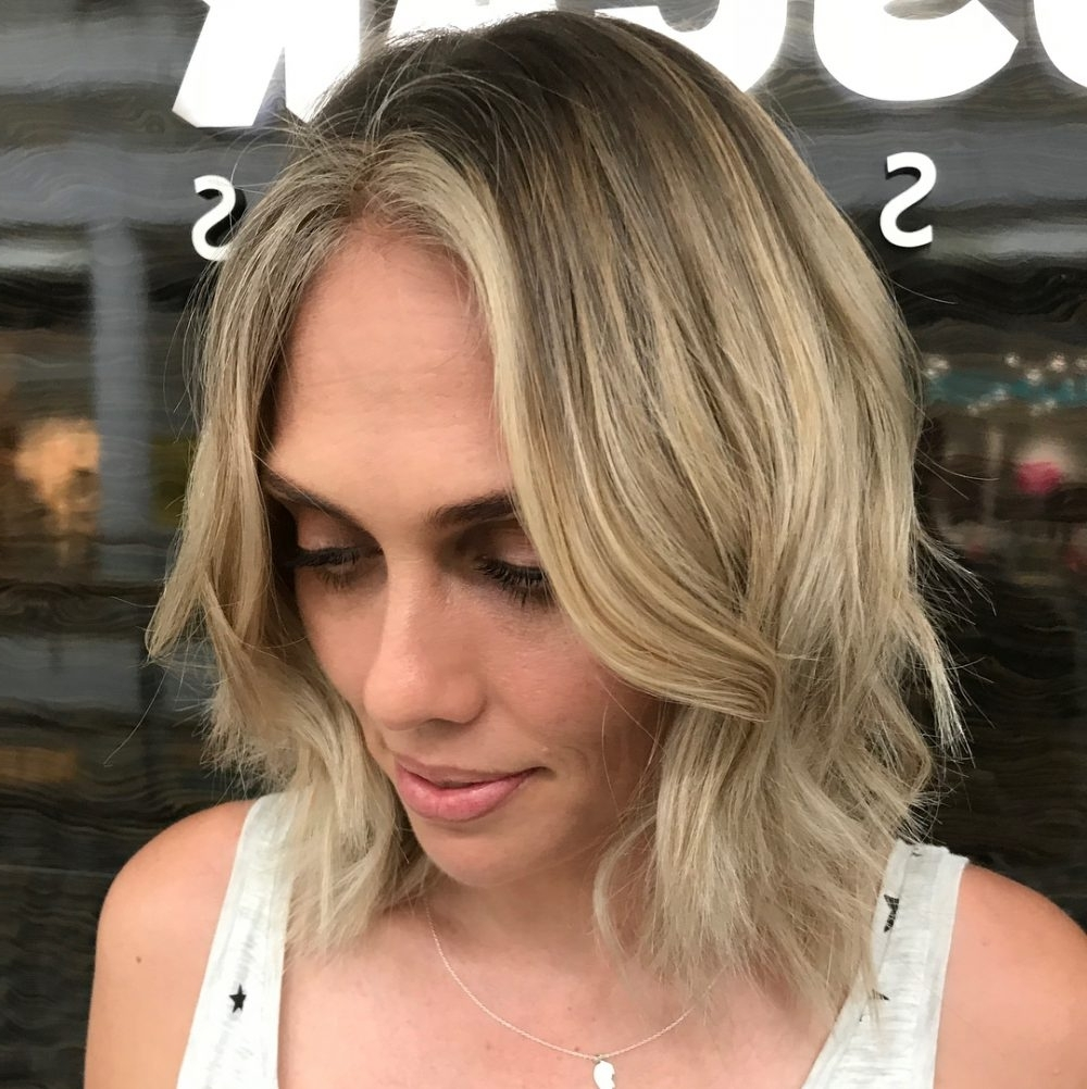 Current Soft Layers And Side Tuck Blonde Hairstyles In 23 Cutest Chin Length Hairstyles (trending For 2018) (View 12 of 20)