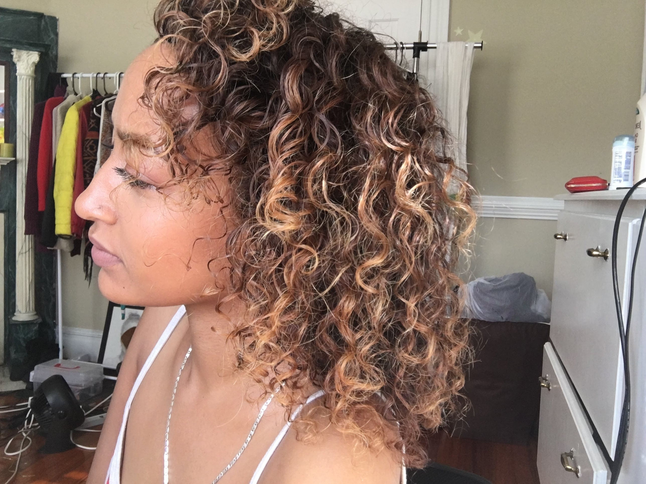 Diy Balayage On Curly Hair – Youtube Throughout Trendy Brown To Blonde Ombre Curls Hairstyles (View 9 of 20)