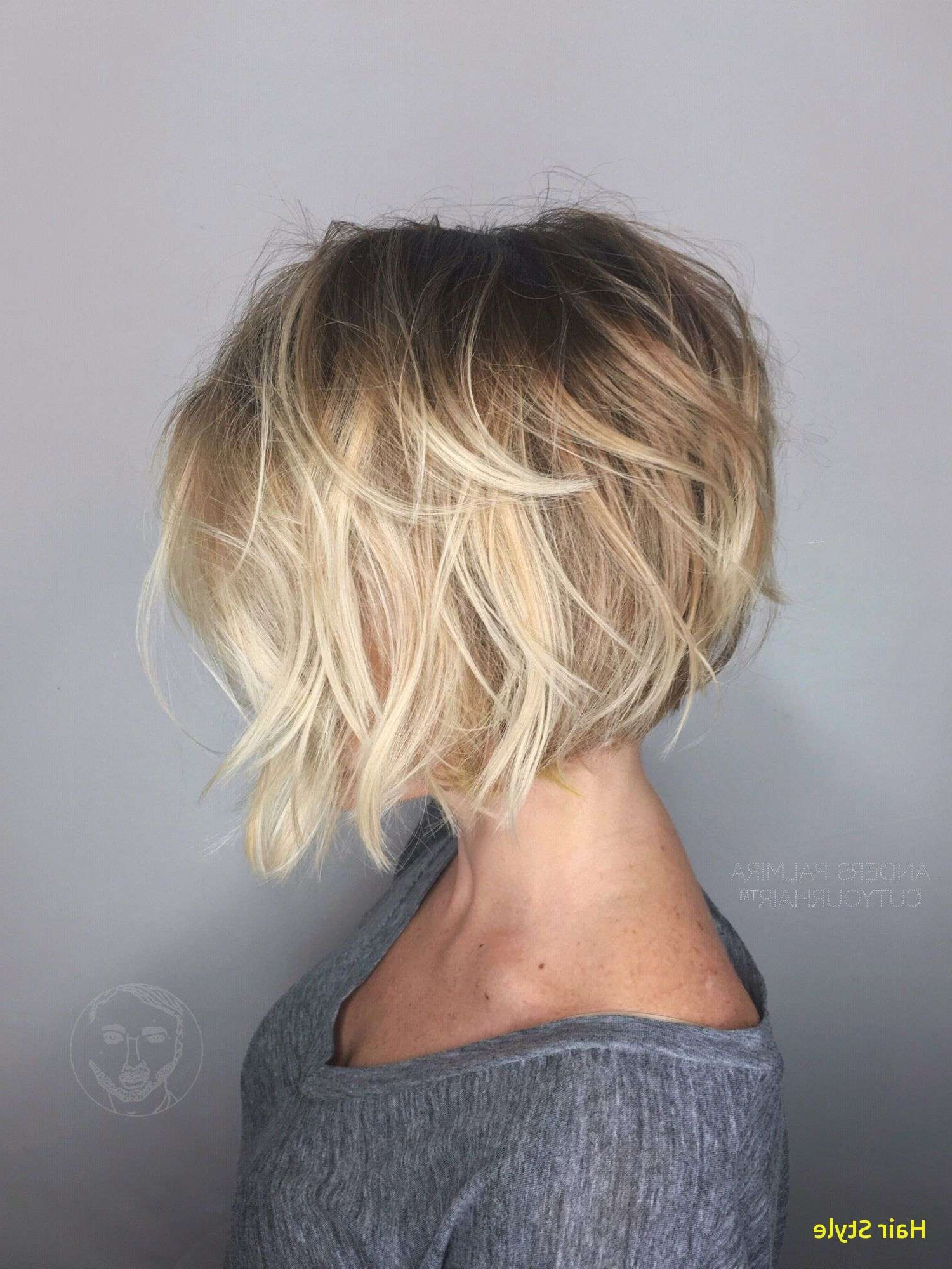 Elegant Straight Bob Hairstyles (View 9 of 20)