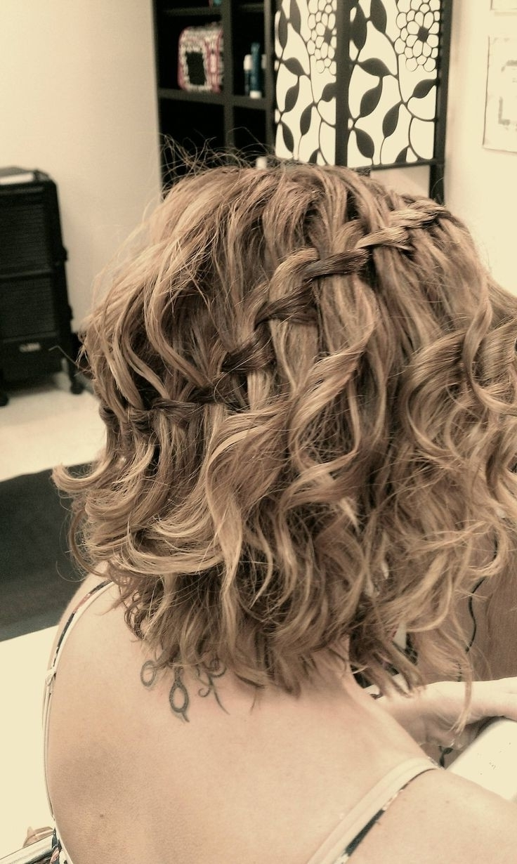 Everyday Hairstyles For Wavy Hair: Waterfall Braid For Medium Hair Inside Popular Wavy And Braided Hairstyles (View 5 of 20)
