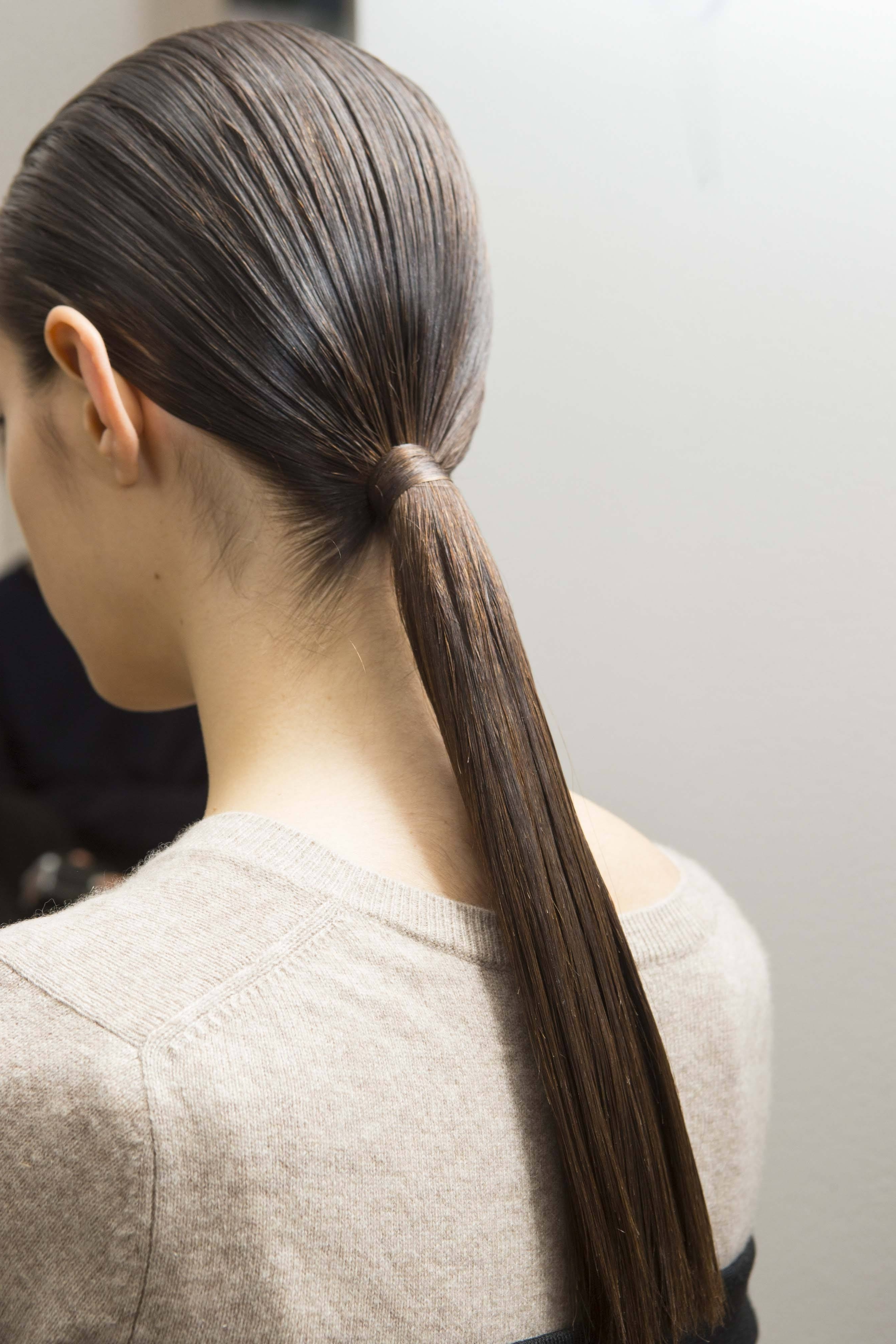 Famous Sleek Bubble Ponytail Hairstyles Regarding Extra Long Hairstyles Trend: 3 Long Ponytails To Try (View 6 of 20)