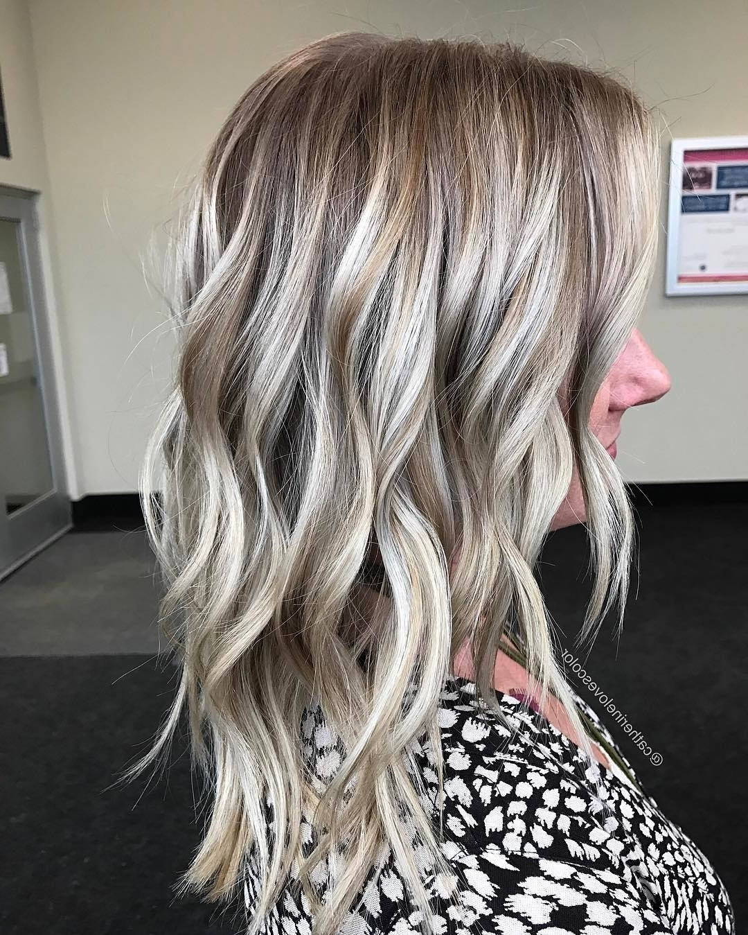 Fashionable Dark Brown Hair Hairstyles With Silver Blonde Highlights Intended For 20 Beautiful Blonde Balayage Hair Color Ideas – Trendy Hair Color  (View 12 of 20)