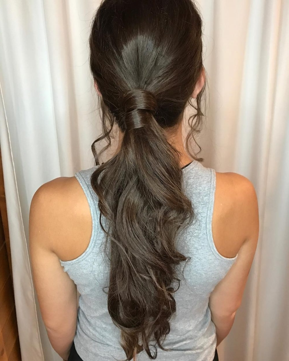 Fashionable Ponytail Hairstyles For Brunettes For 38 Ridiculously Cute Hairstyles For Long Hair (Popular In 2018) (View 10 of 20)
