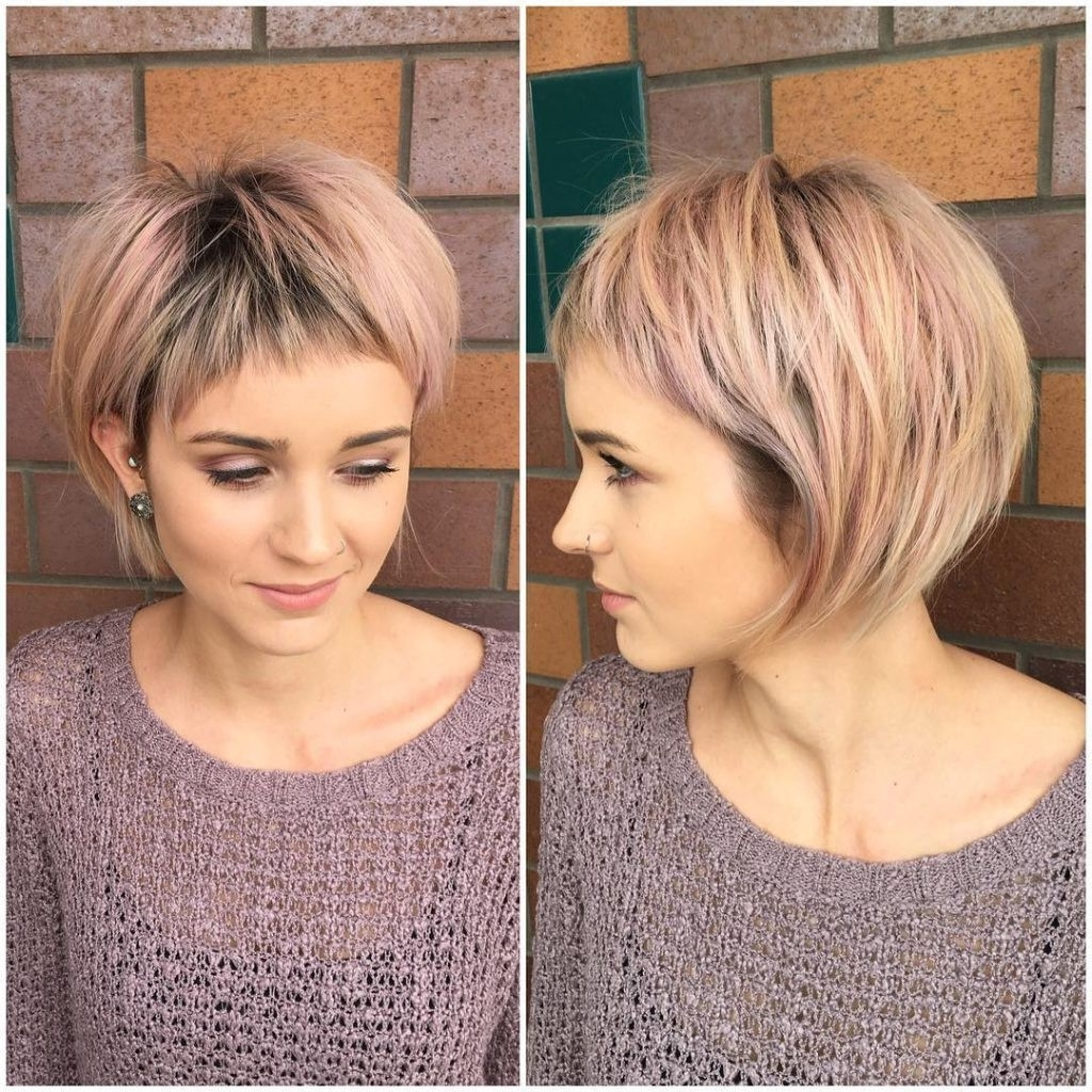 Fashionable Shaggy Highlighted Blonde Bob Hairstyles Inside Shaggy Rose Gold Bob With Micro Fringe Bangs And Blonde Highlights (View 13 of 20)