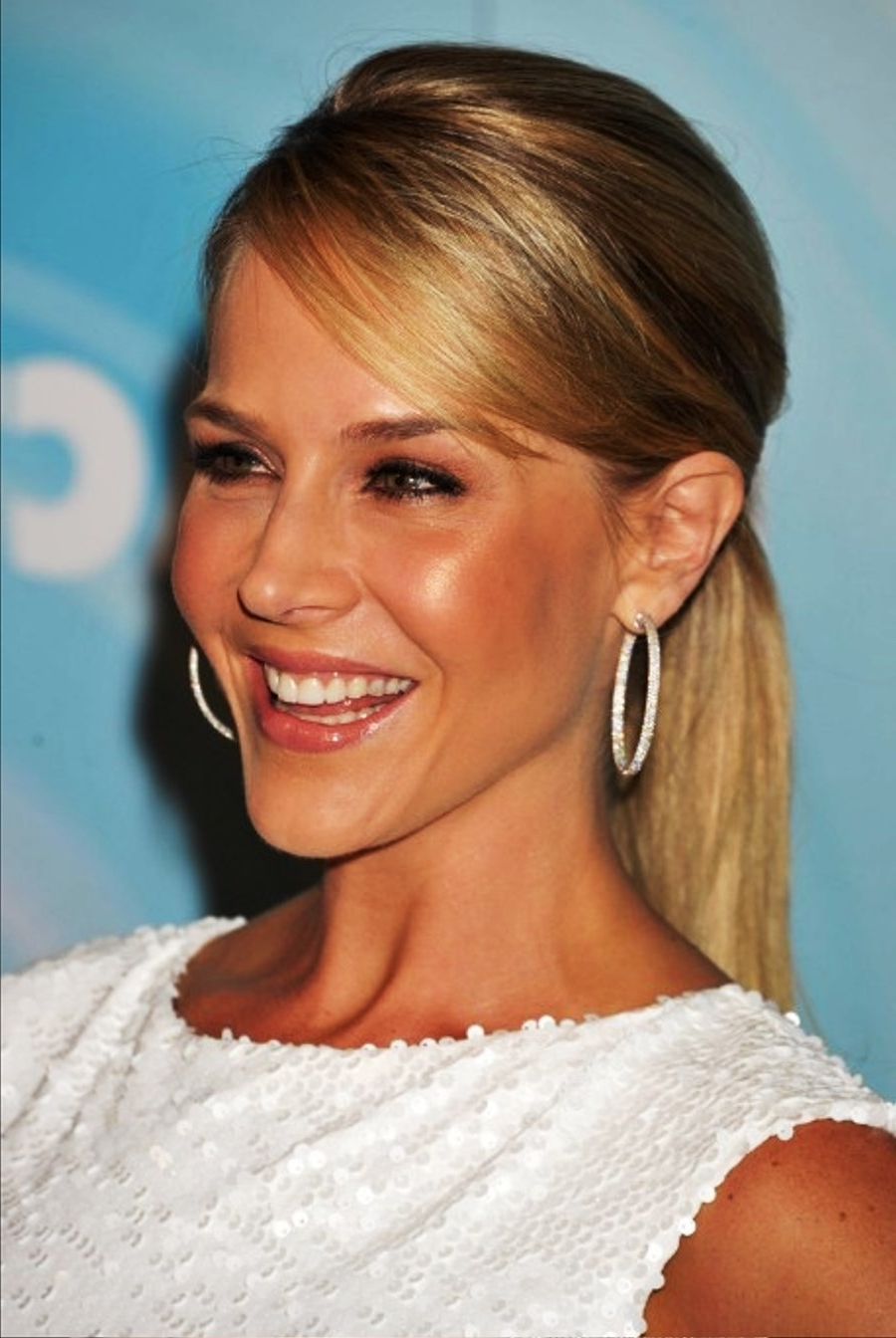 Favorite Side Swept Pony Hairstyles Regarding Pictures Of Long Sleek Ponytail Hairstyle With Side Swept Bangs (View 8 of 20)