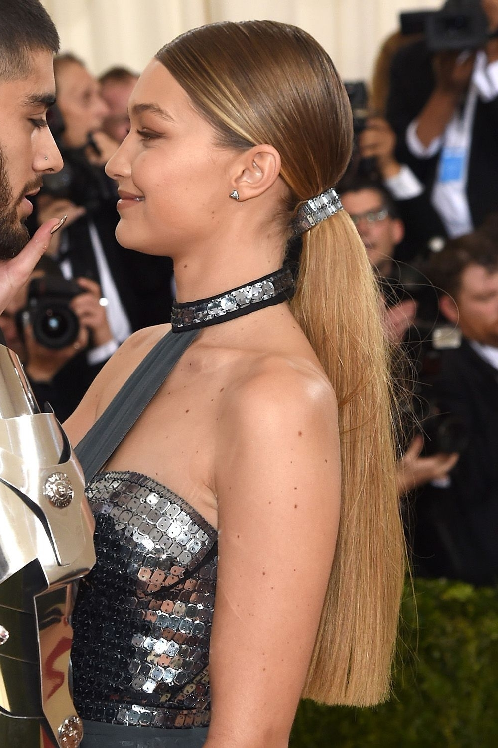 Gigi Hadid's Best Hairstyles – Gigi Hadid Hair For Current Gigi Hadid Inspired Ponytail Hairstyles (View 11 of 20)