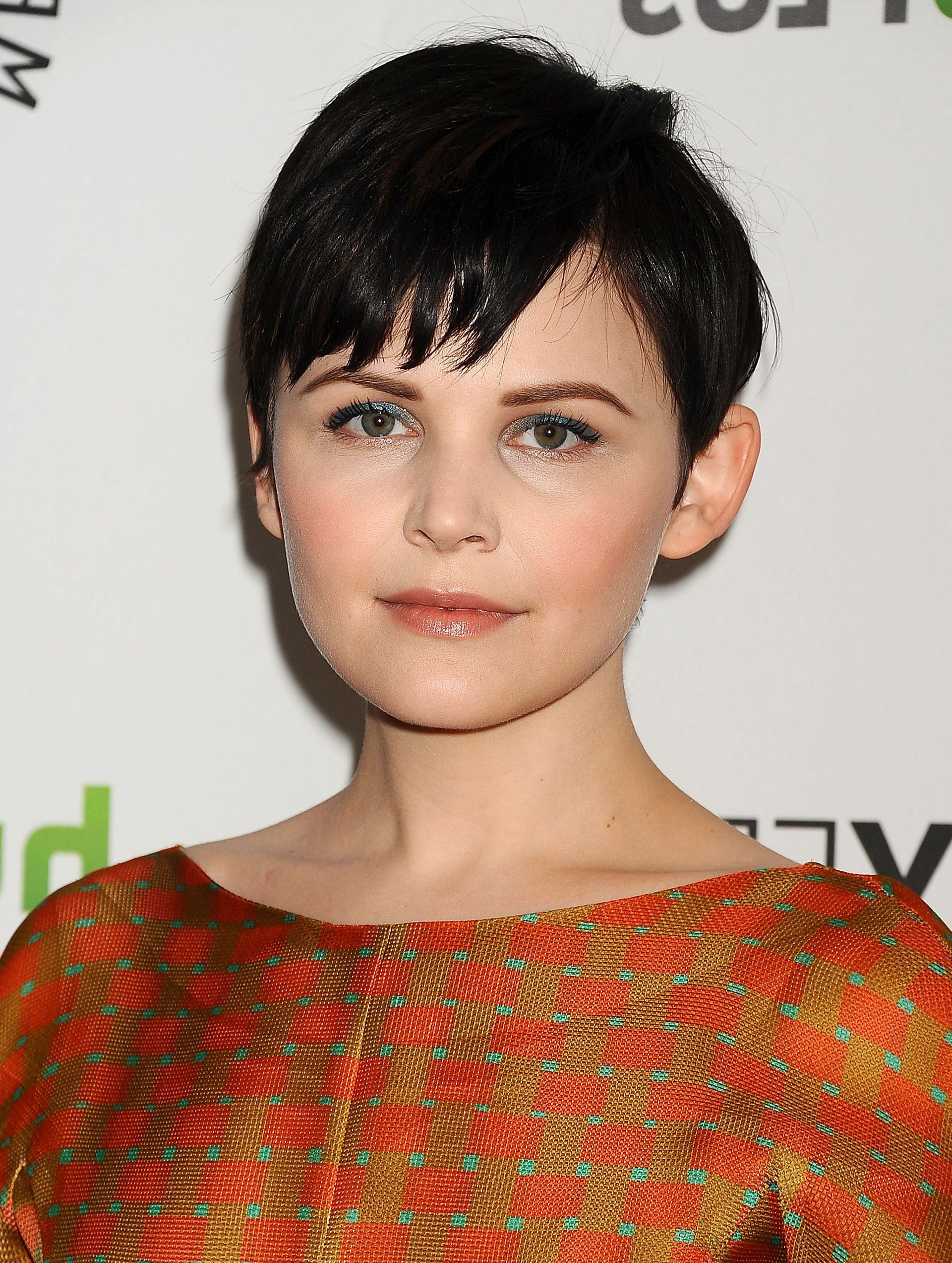 Ginnifer Goodwin Short Pixie Hairstyle – Pixie Haircuts For Short Pertaining To Best And Newest Choppy Gray Pixie Hairstyles (View 17 of 20)