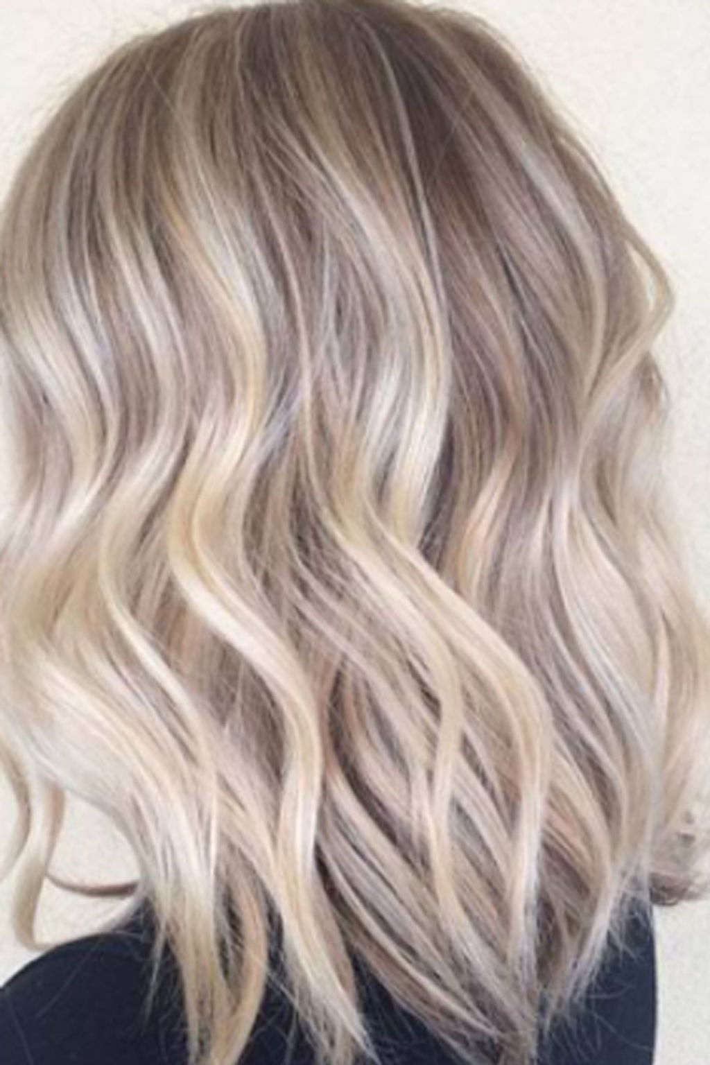 Gorgeous Hair For Best And Newest Honey Hued Beach Waves Blonde Hairstyles (View 10 of 20)
