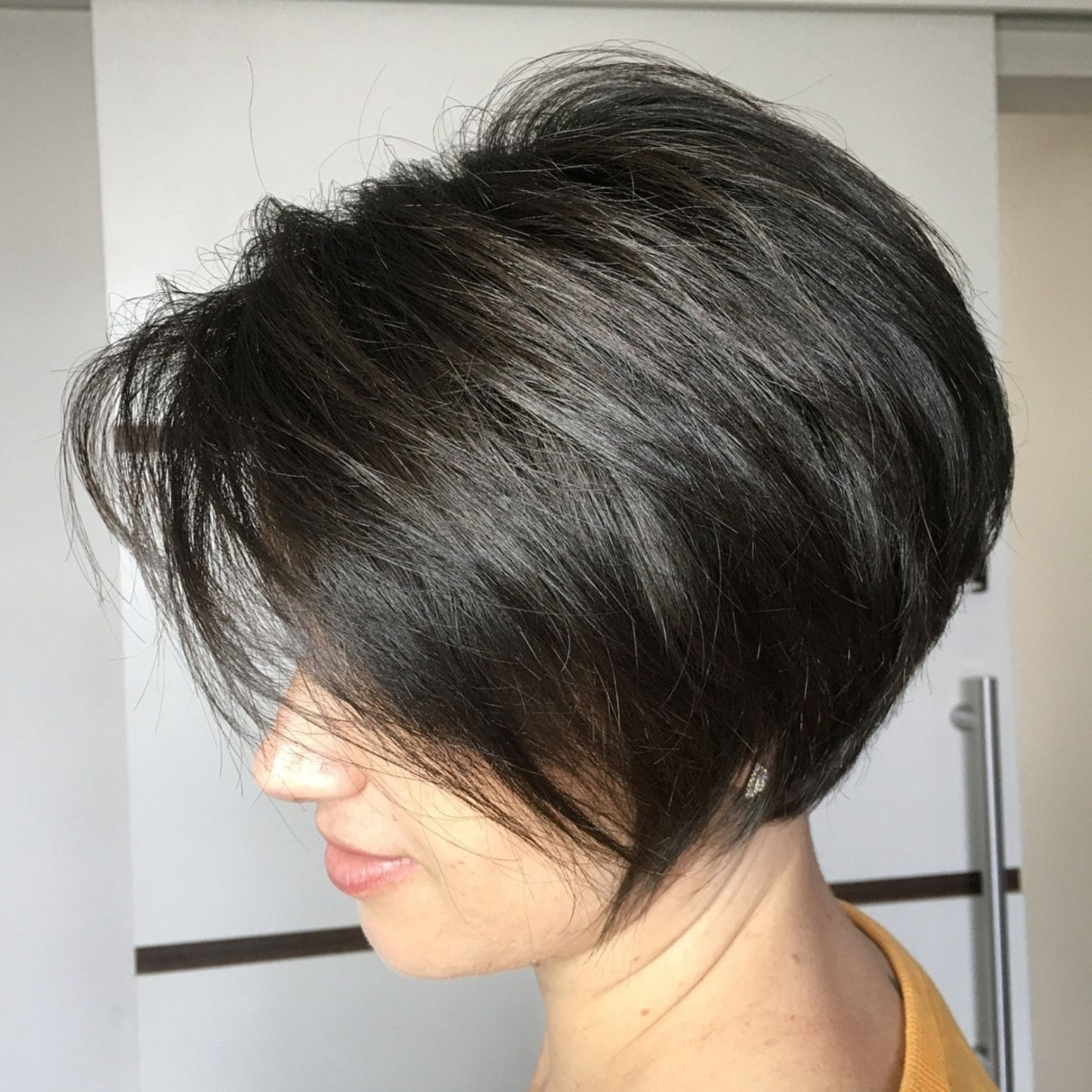 Featured Photo of Angled Pixie Bob Hairstyles With Layers
